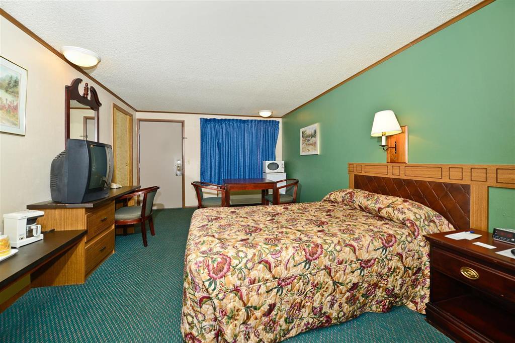 Americas Best Value Inn Covington image 7