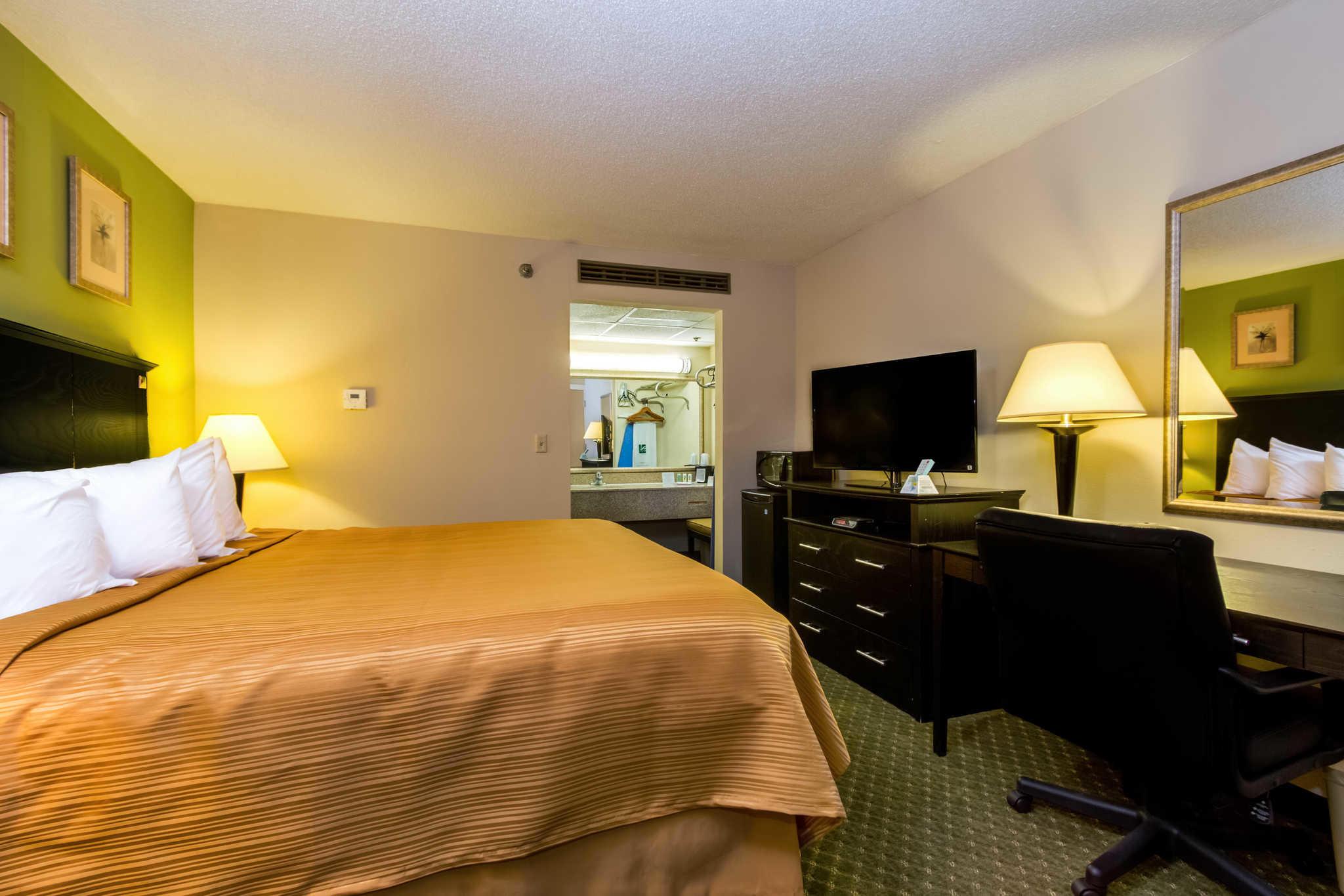 Quality Inn & Suites Moline - Quad Cities image 12