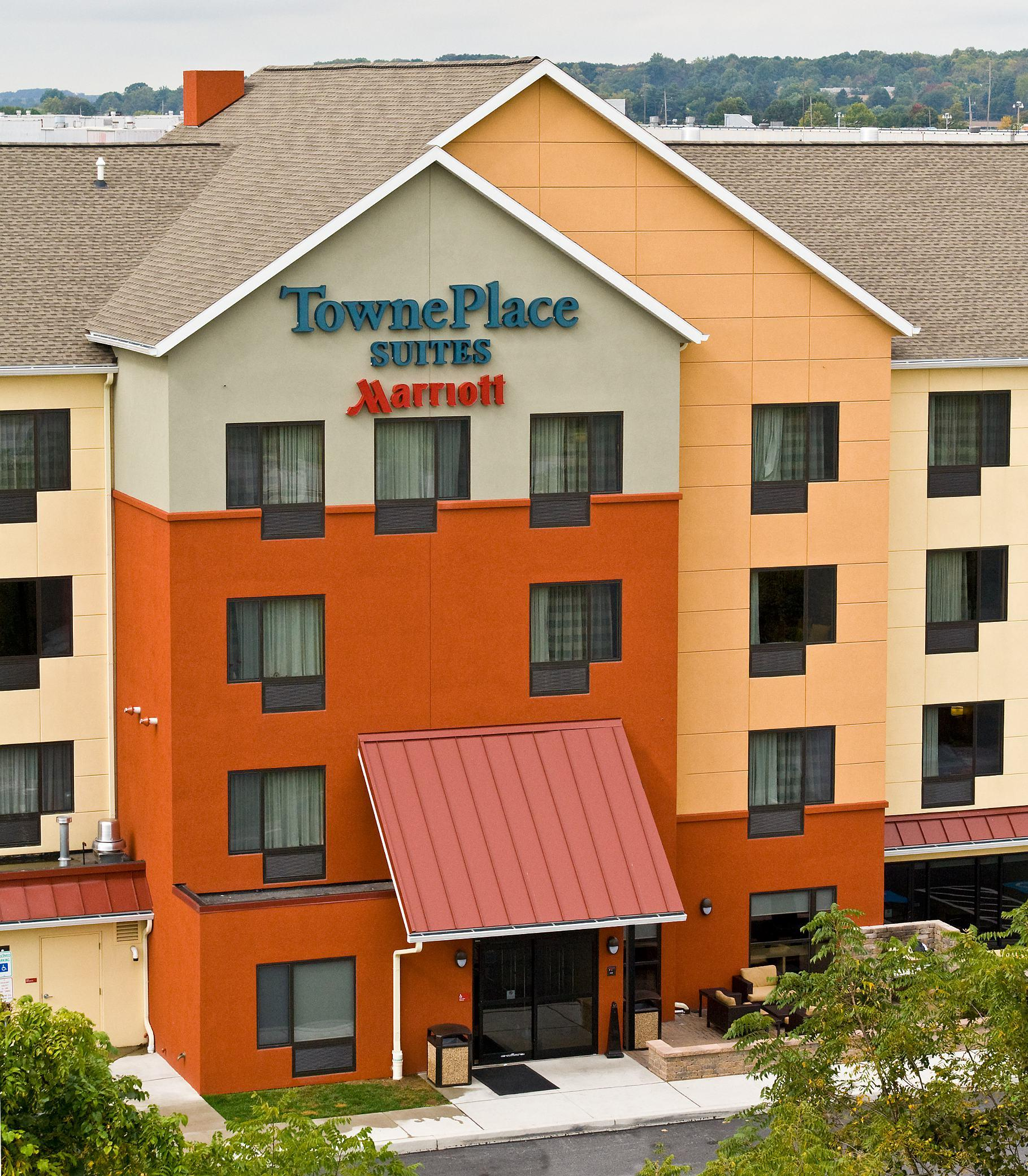 TownePlace Suites by Marriott York image 0