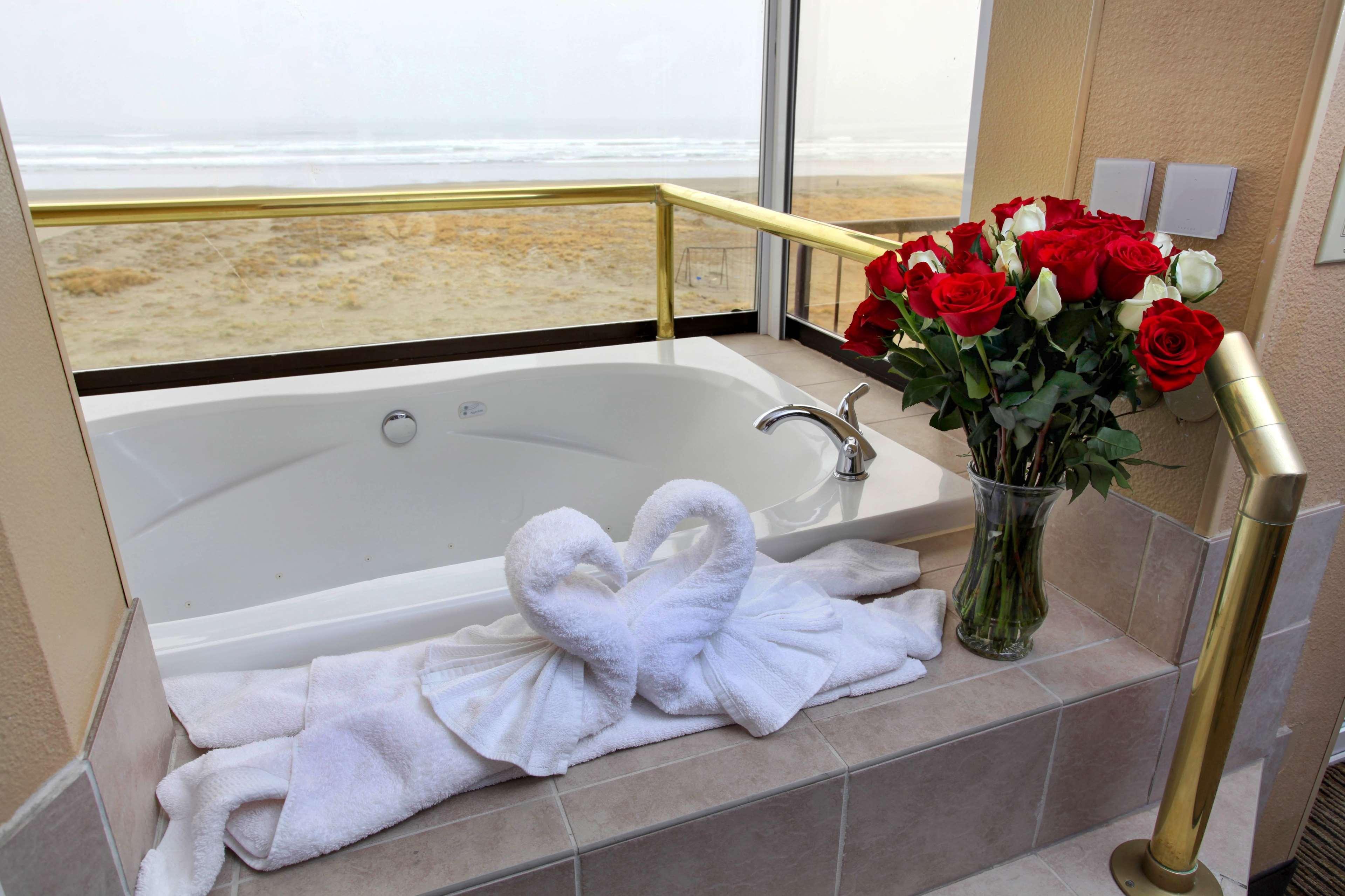 Best Western Plus Ocean View Resort image 15