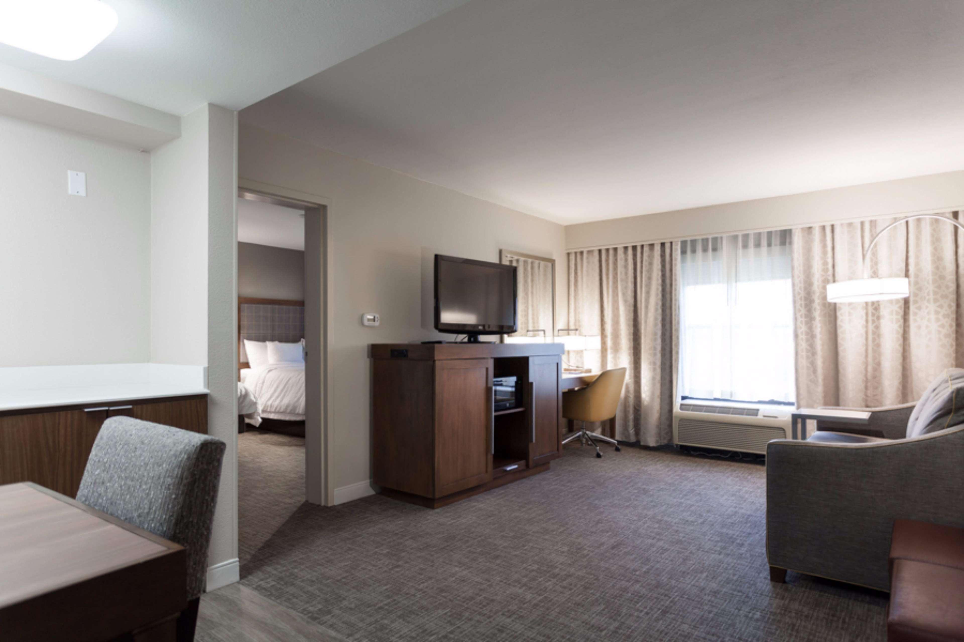Hampton Inn & Suites Dallas-DFW Airport North-Grapevine in Grapevine, TX, photo #25