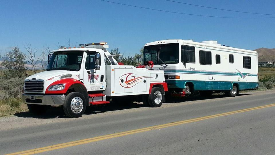 West Coast Heavy Duty Towing & Recovery image 3