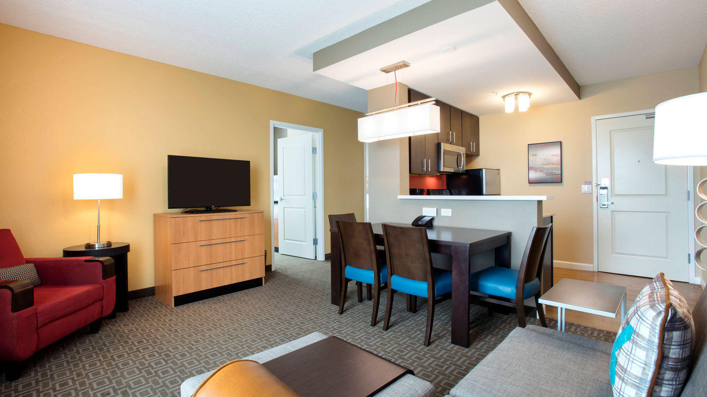 TownePlace Suites by Marriott Orlando at Flamingo Crossings/Western Entrance image 8