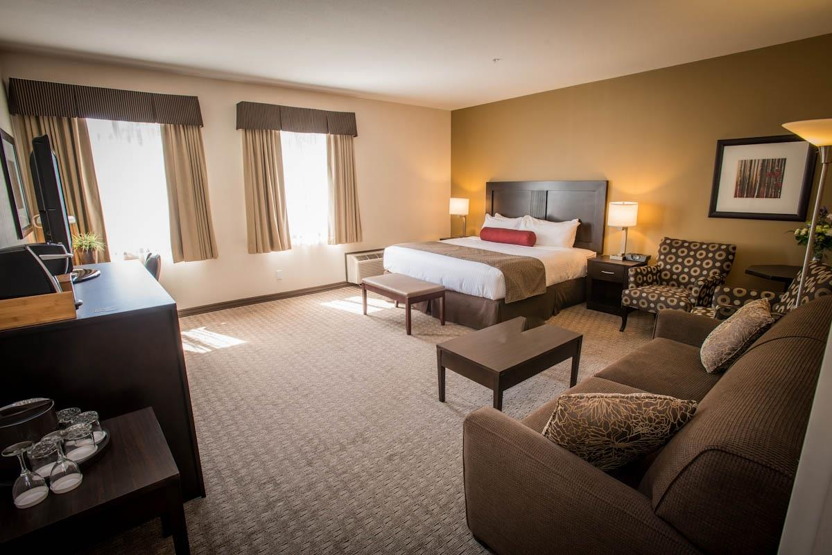 Best Western Plus Baker Street Inn & Convention Centre in Nelson: Deluxe King Bed Guest Room