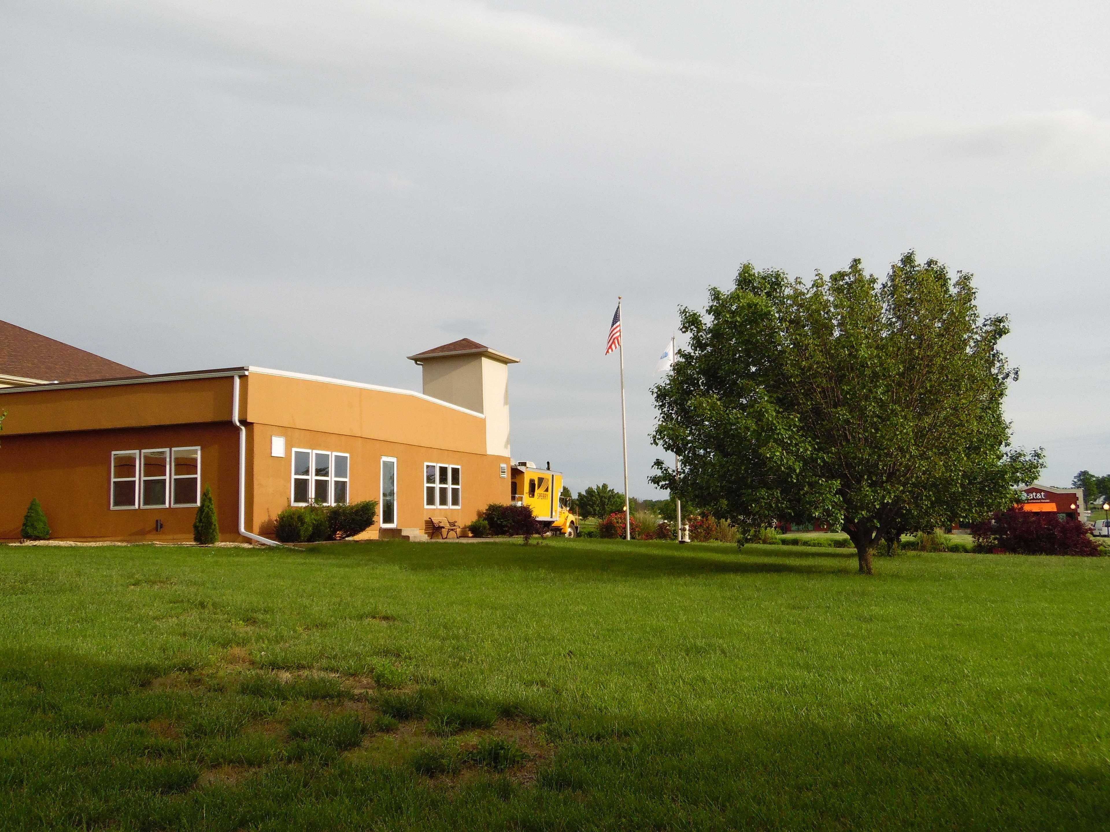 Best Western Teal Lake Inn image 35