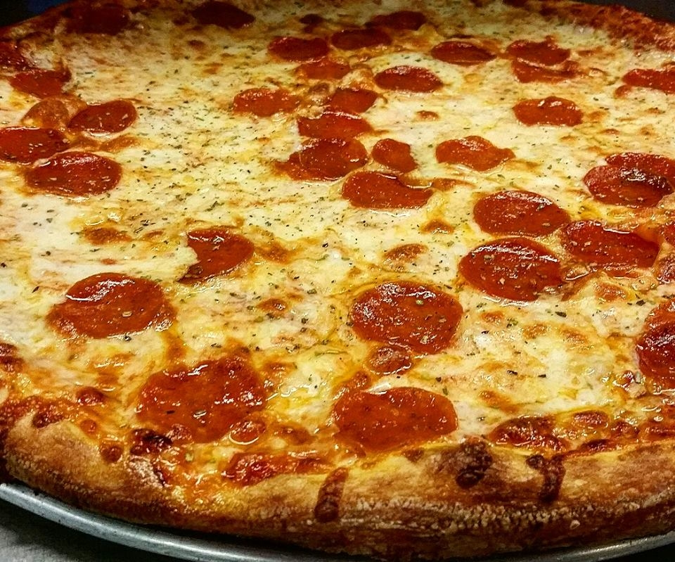 Ronnie's Pizza image 5
