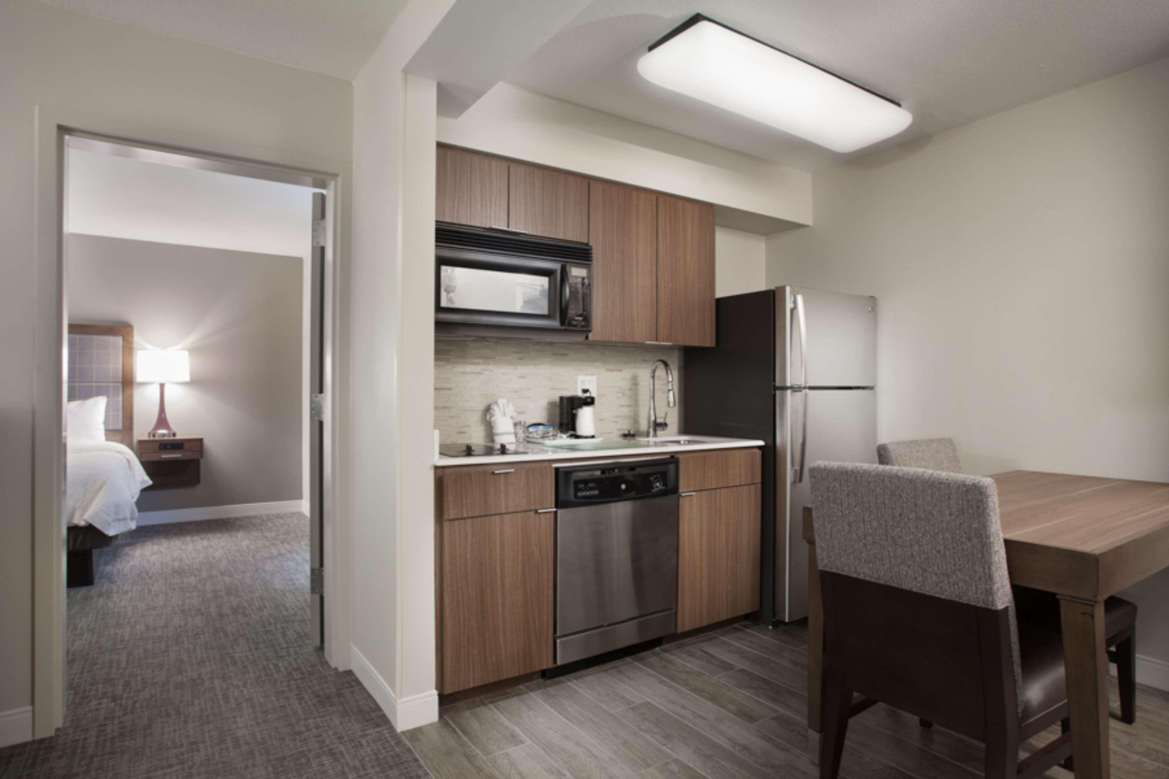 Hampton Inn & Suites Dallas-DFW Airport North-Grapevine image 20