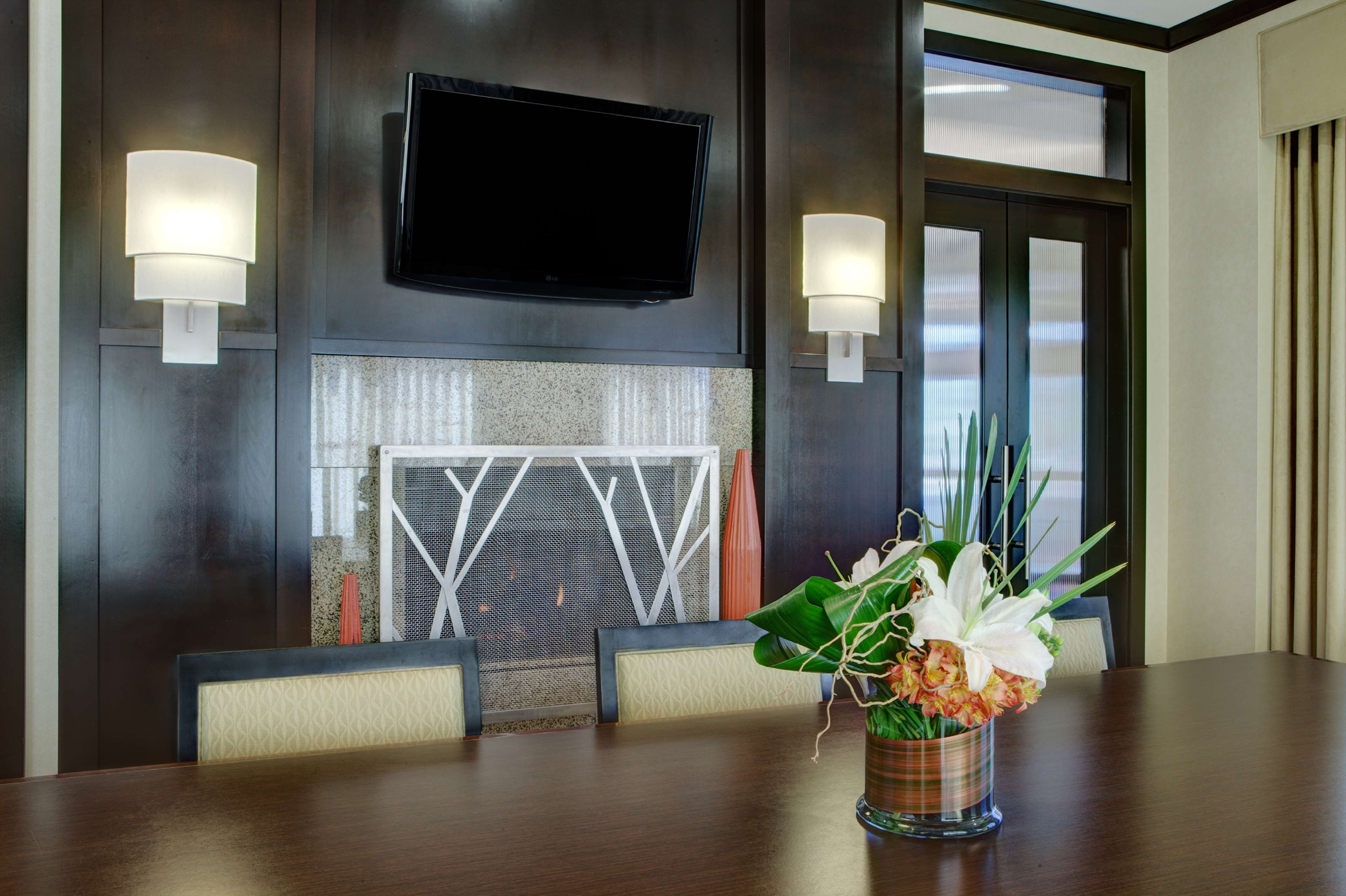 Hilton Garden Inn Seattle/Bothell, WA image 1