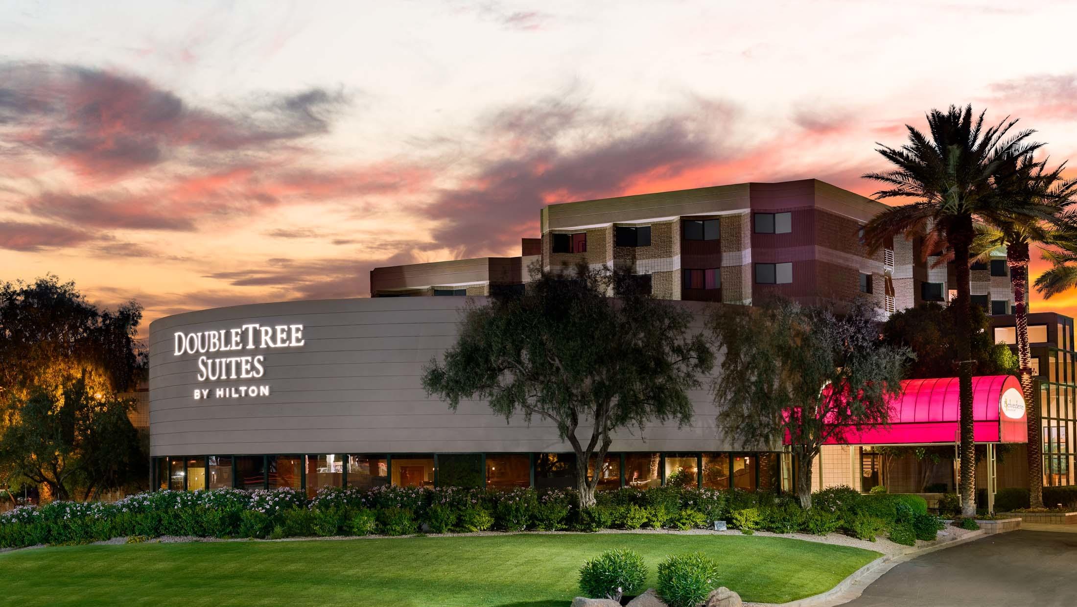 DoubleTree Suites by Hilton Hotel Phoenix image 1