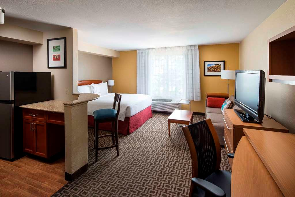TownePlace Suites by Marriott Milpitas Silicon Valley image 2