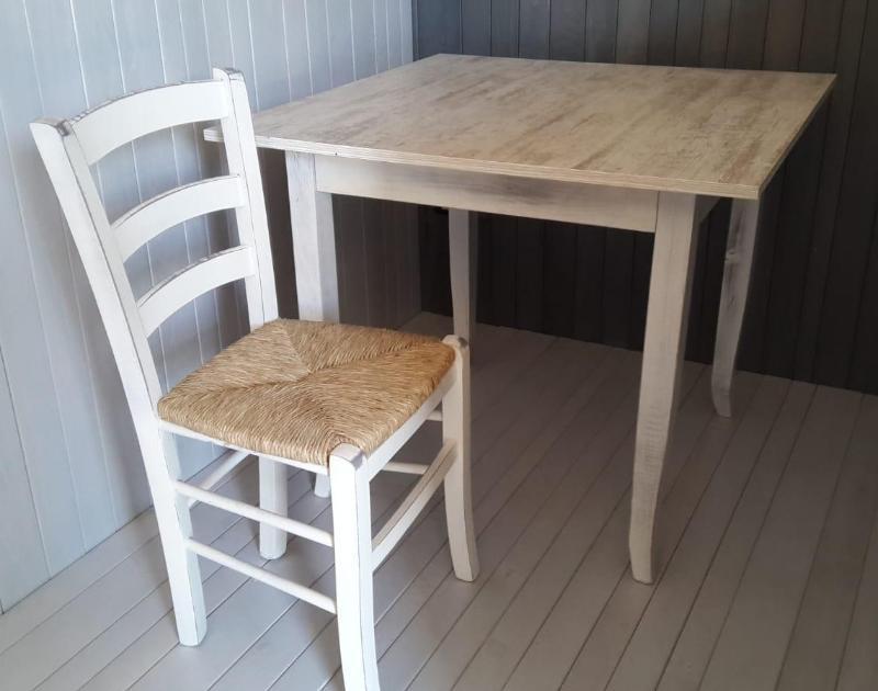 Nuova Sapa – Produzione Sedie e Tavoli