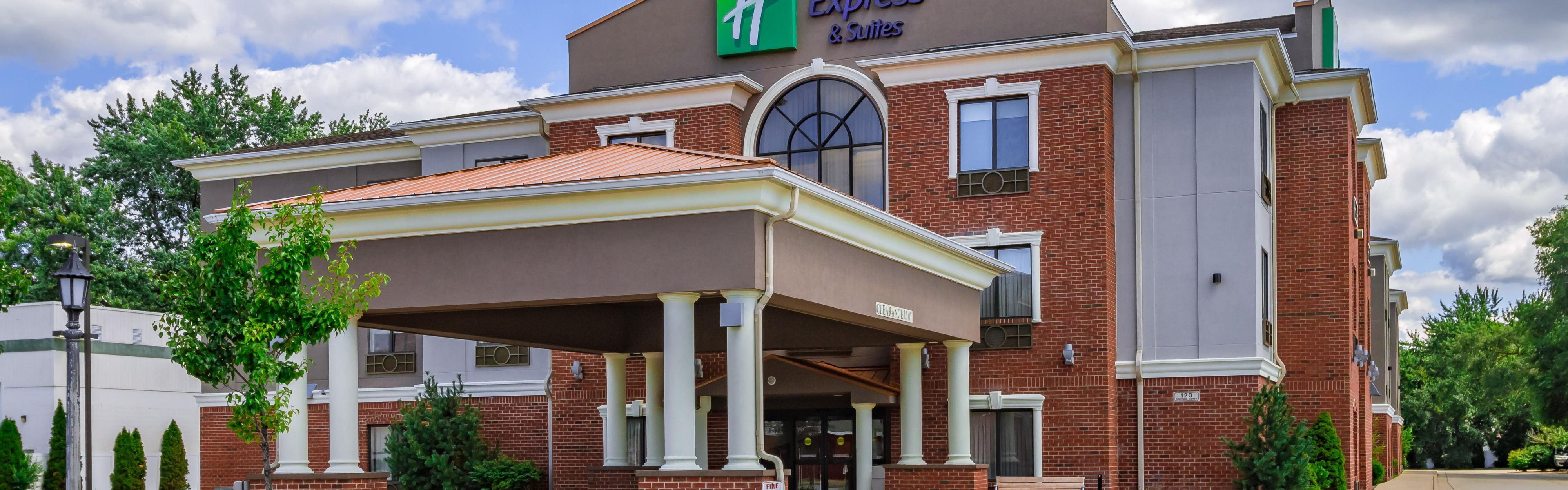 Holiday Inn Express & Suites South Bend - Notre Dame Univ. image 0