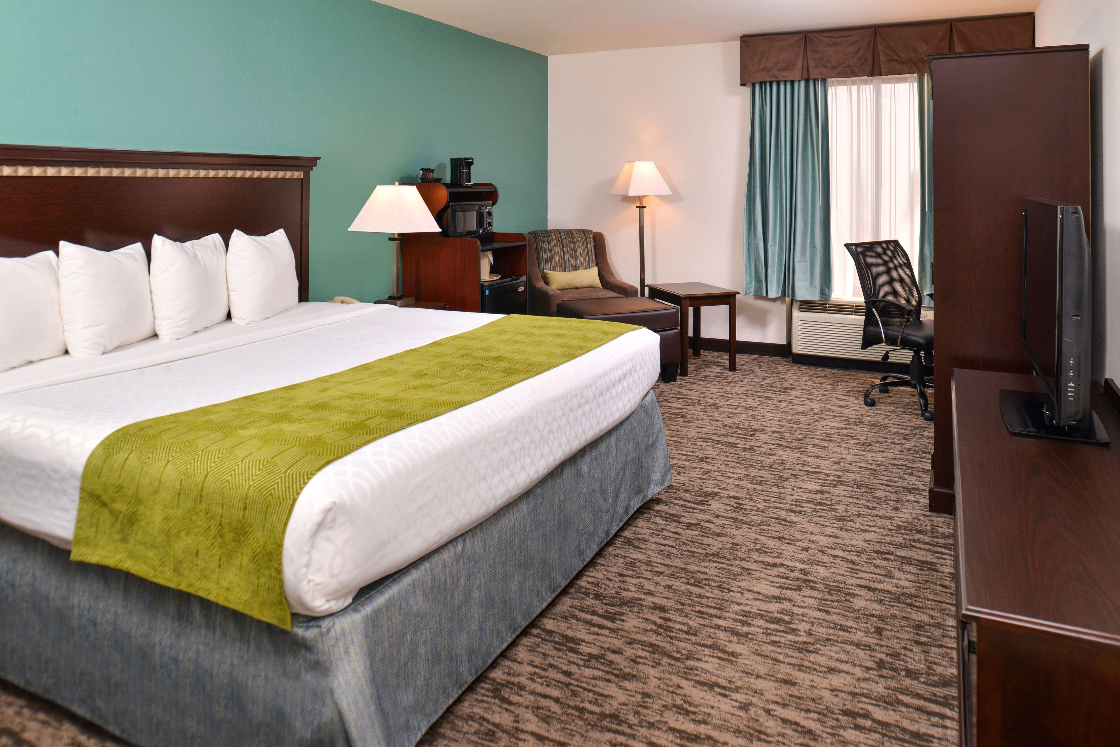 Best Western Plus Chicagoland - Countryside image 27
