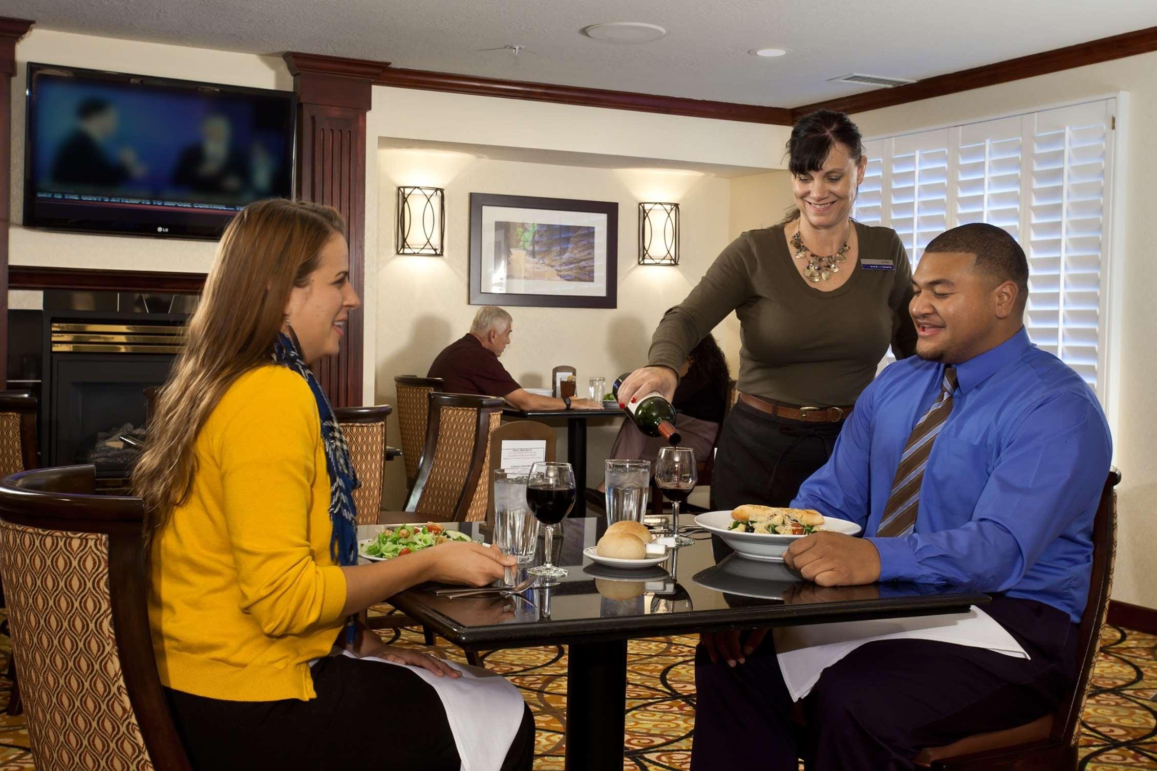 Hampton Inn & Suites Salt Lake City Airport image 10