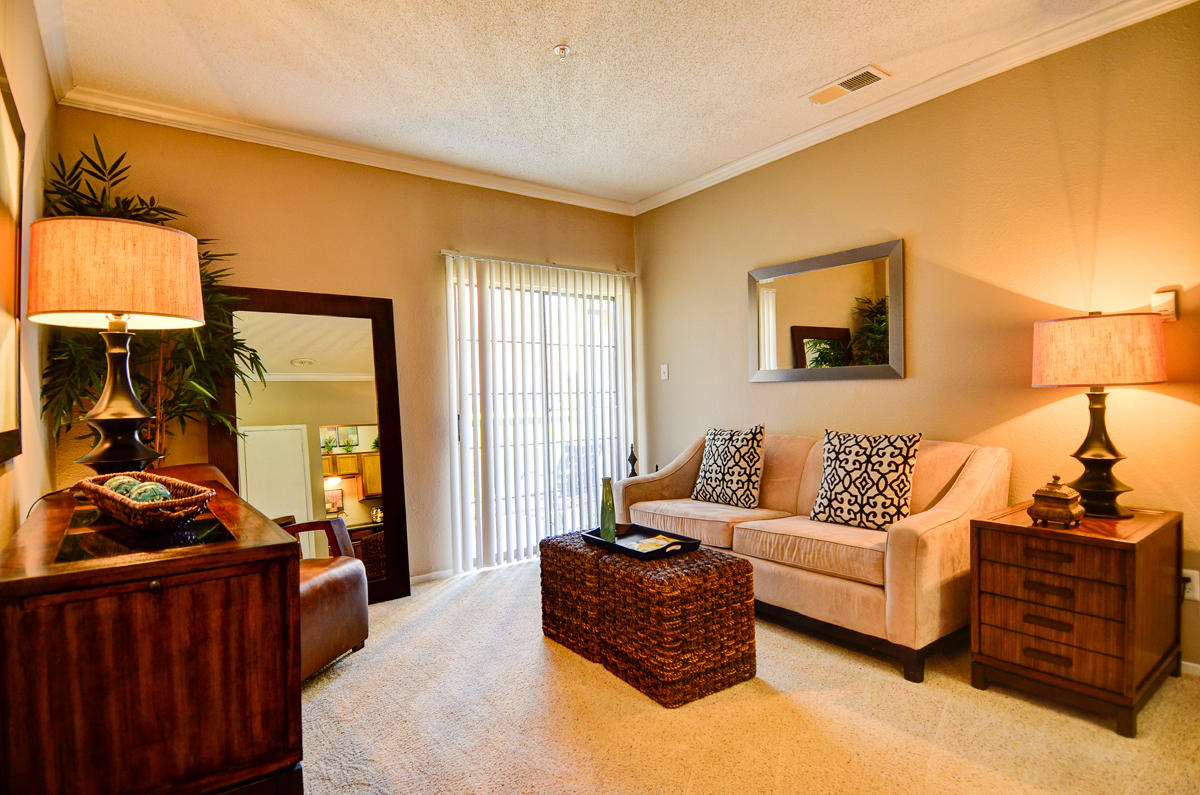 4804 Haverwood Apartments image 9