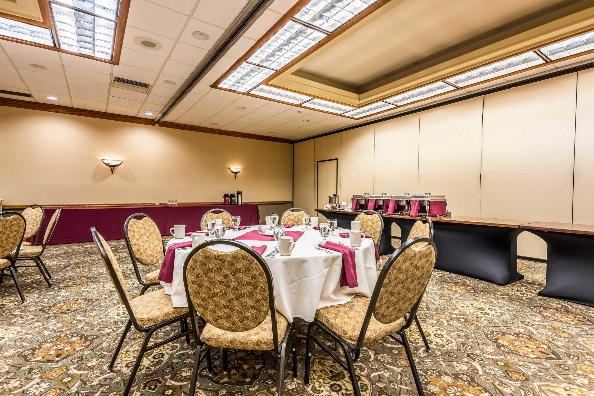 Quality Inn near Finger Lakes and Seneca Falls image 36