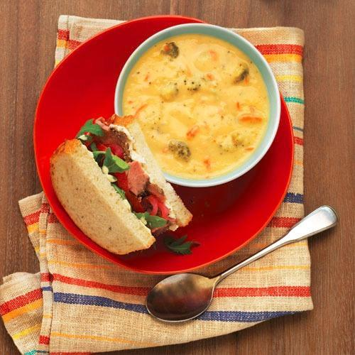 Try the Steak & Arugula Sandwich and Broccoli Cheddar Soup.