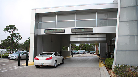Fort Myers INFINITI image 3