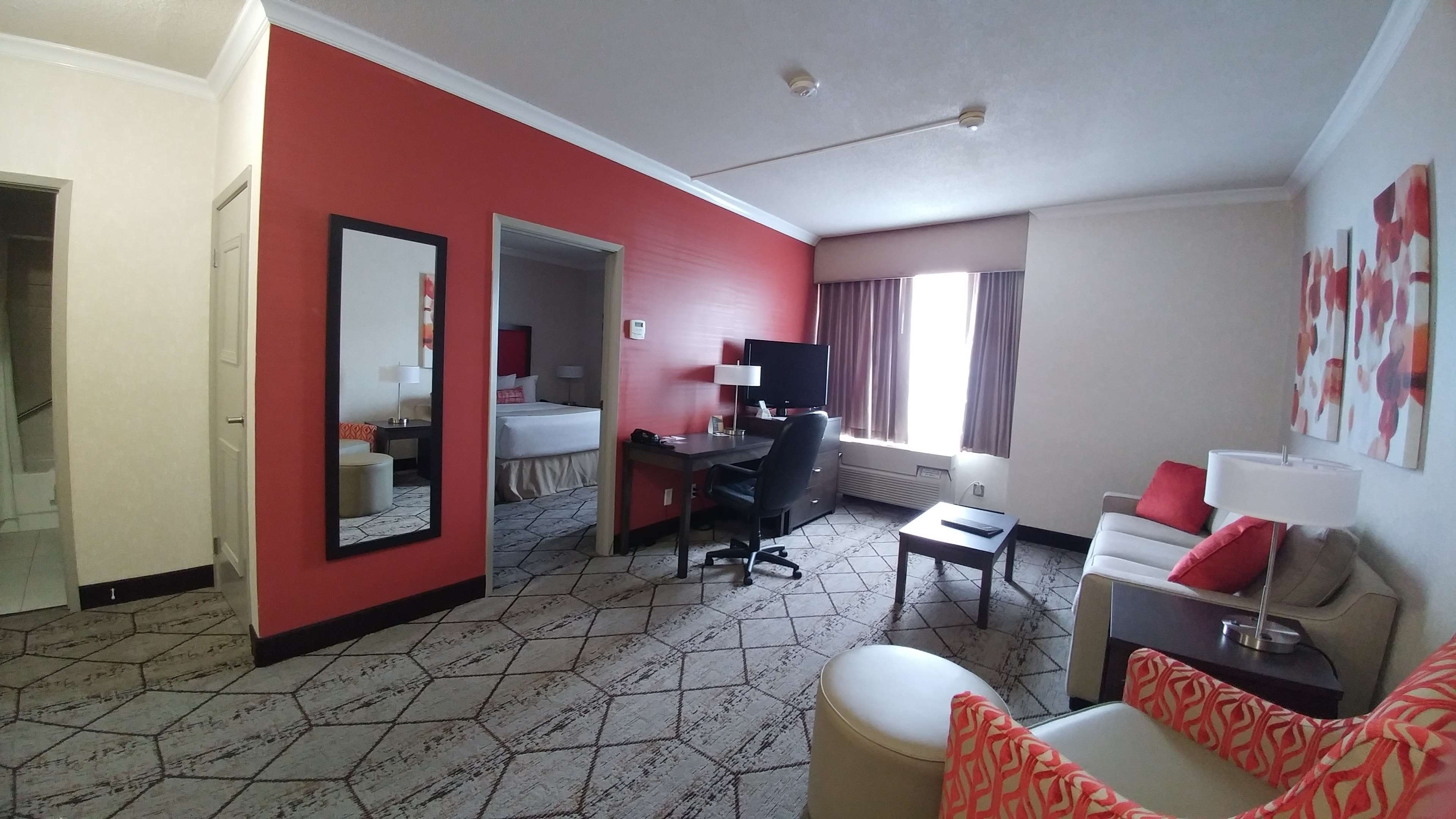 Best Western Plus Rose City Suites in Welland: Living Room area of guest suite