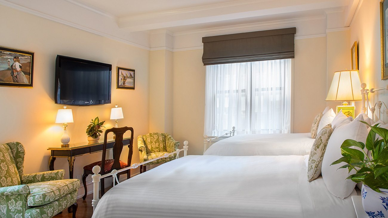Roger Smith Hotel image 1