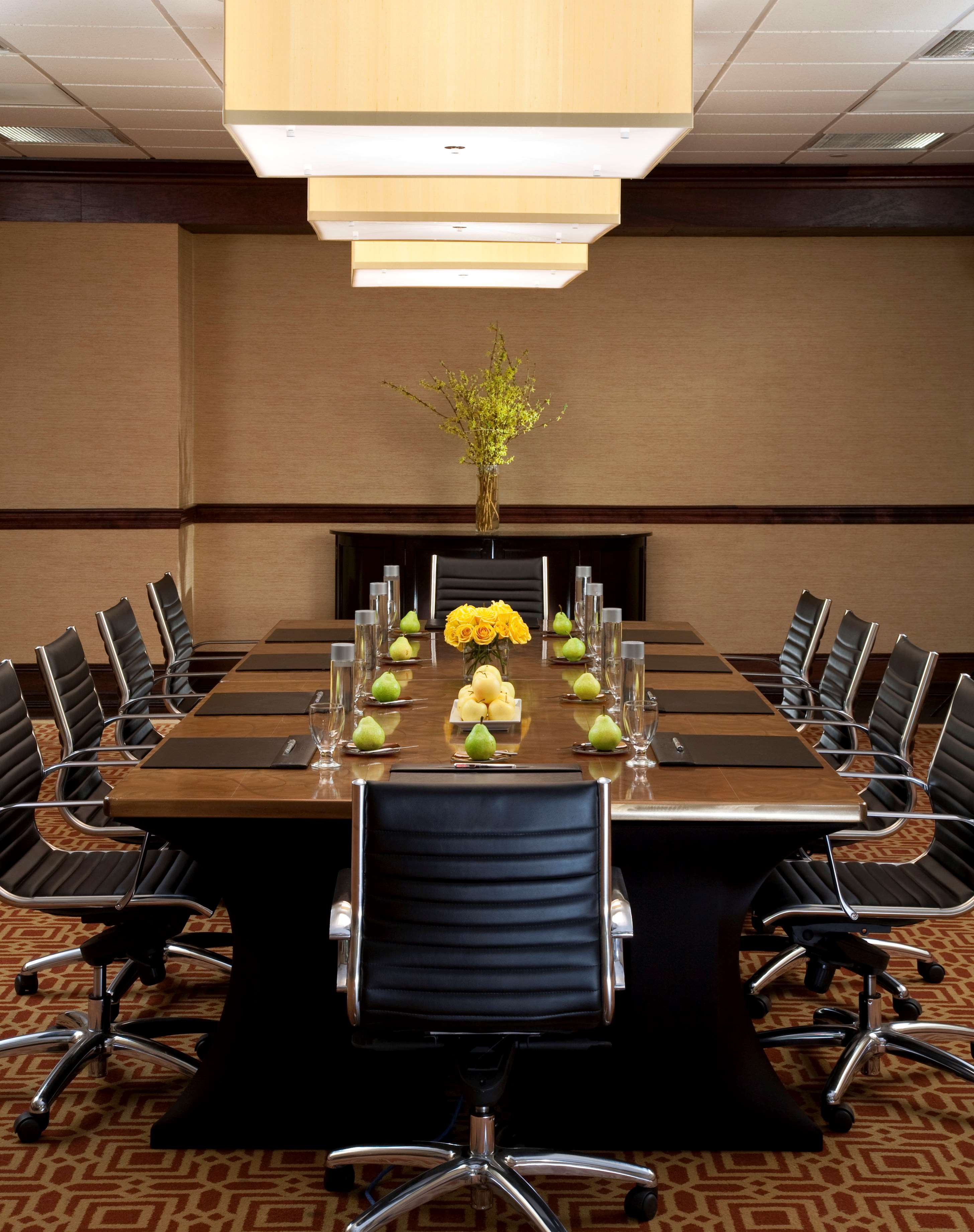 Sheraton Tucson Hotel & Suites image 12