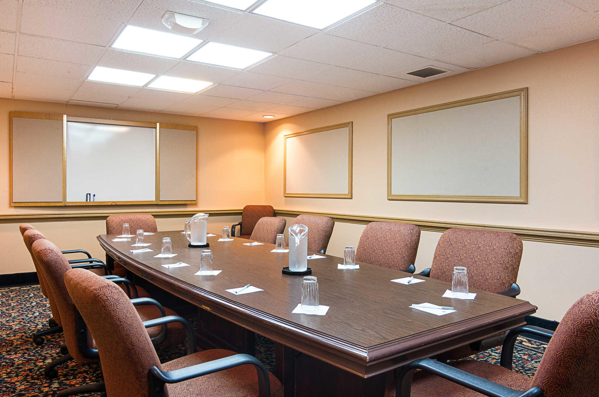 Rodeway Inn & Suites and Conference Center image 23