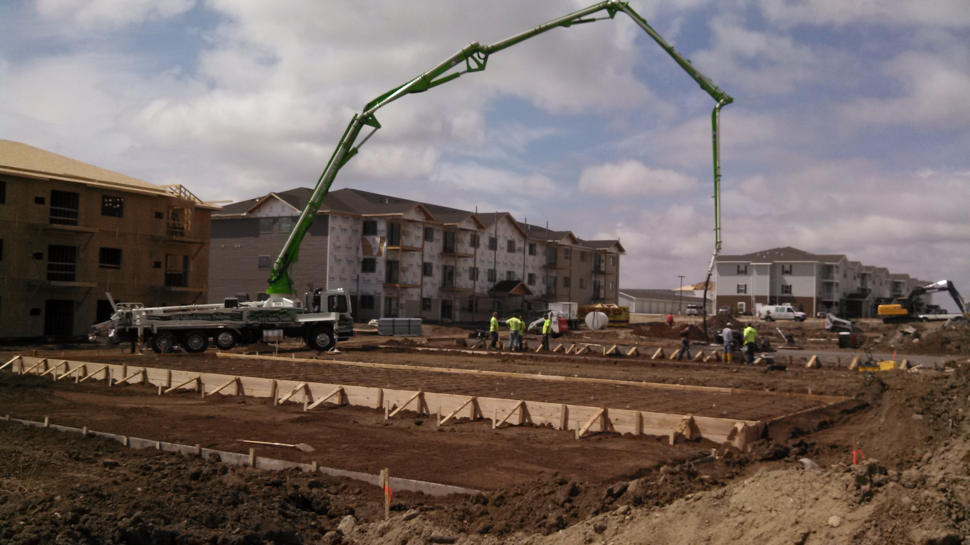 Mid-Valley Concrete Pumping - ad image