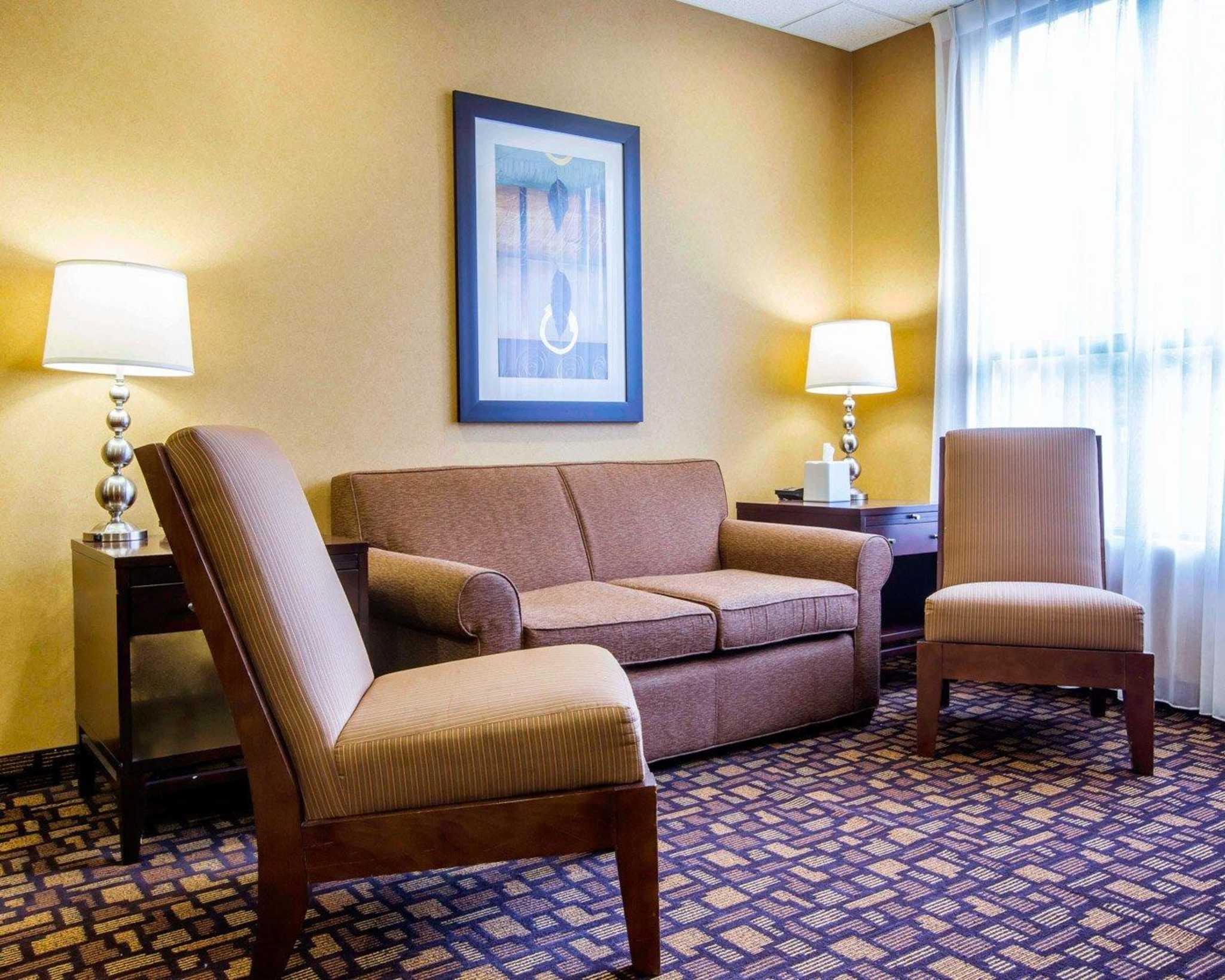 Comfort Inn & Suites adj to Akwesasne Mohawk Casino image 32