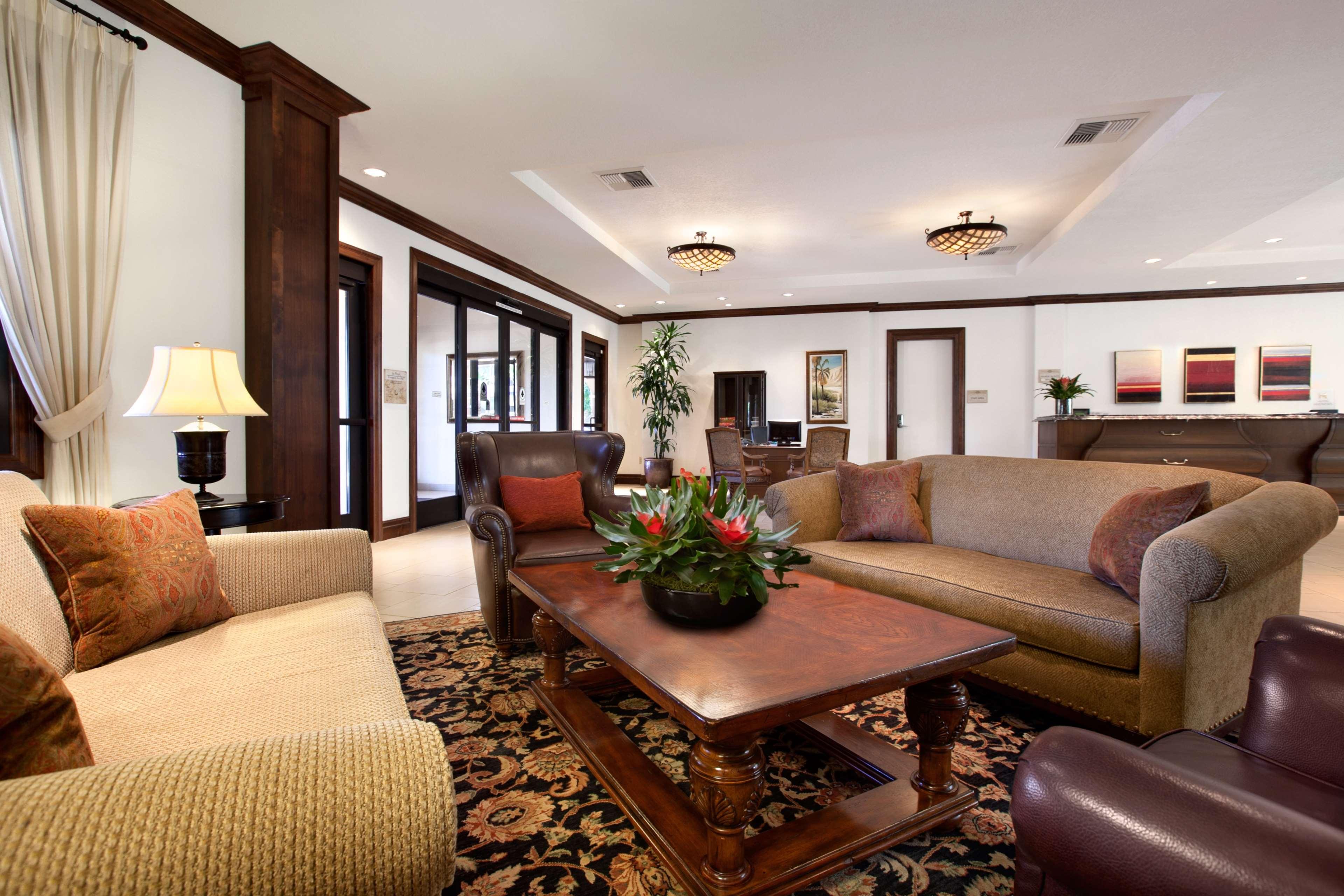 Embassy Suites by Hilton La Quinta Hotel & Spa image 8