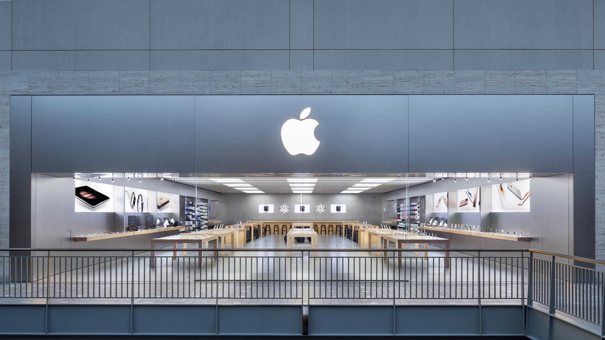 Apple Lenox Square image 0