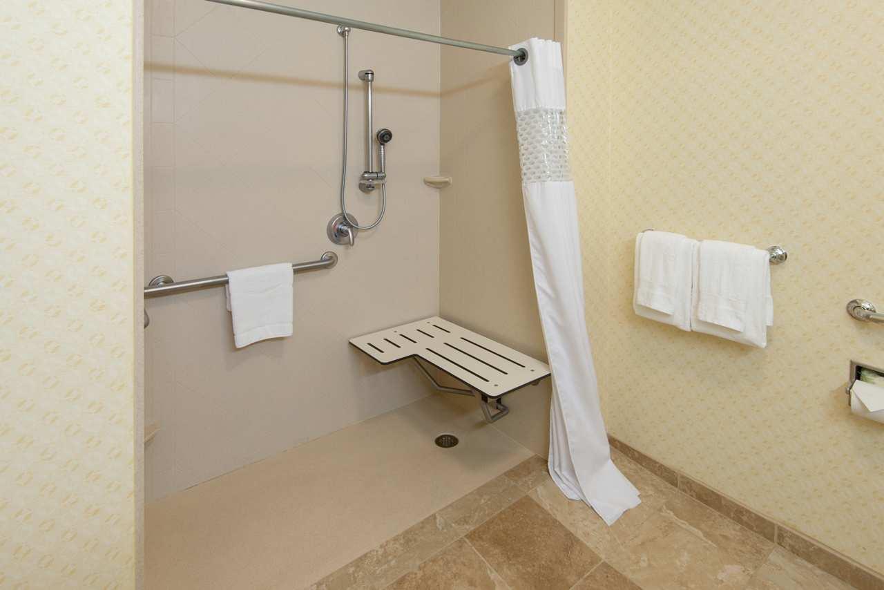 Hampton Inn & Suites El Paso West image 16