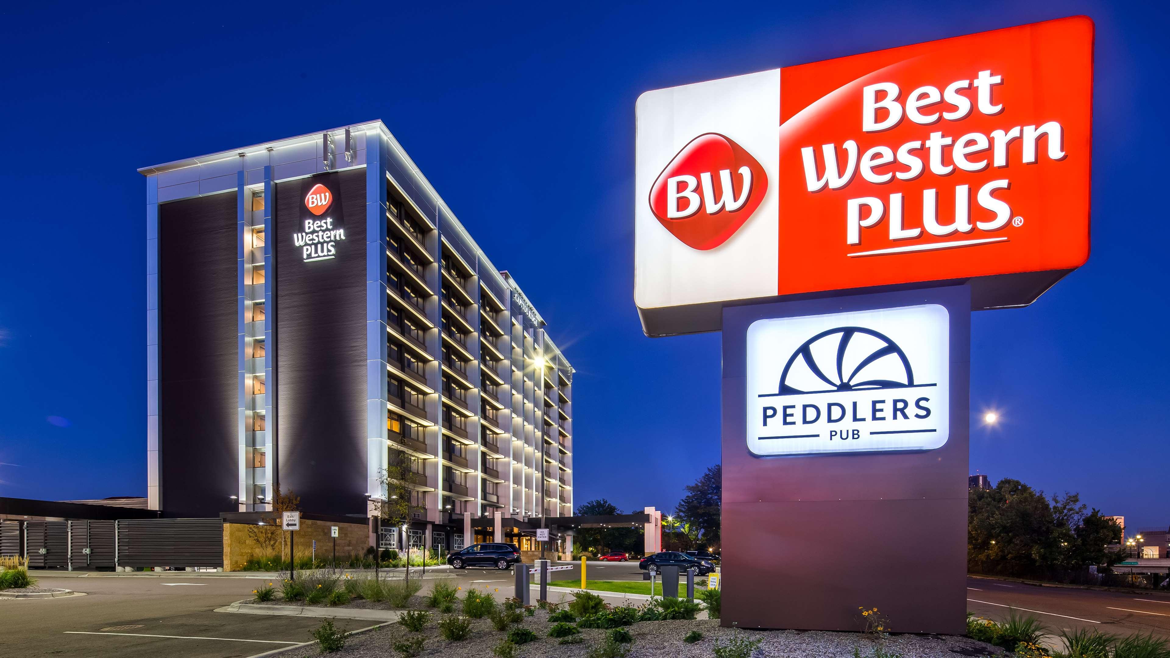 Best Western Plus Capitol Ridge image 0