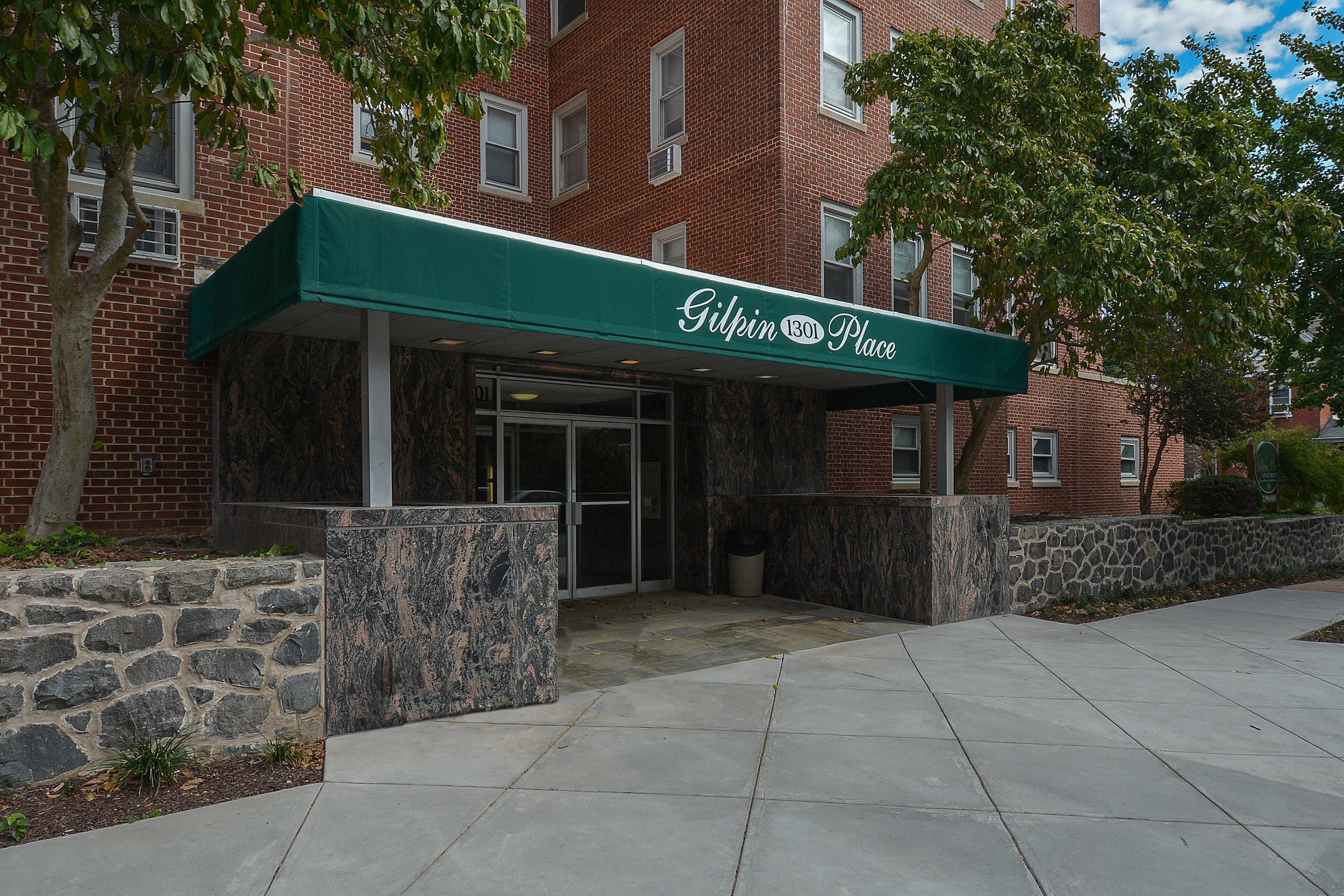Gilpin Place Apartments image 2