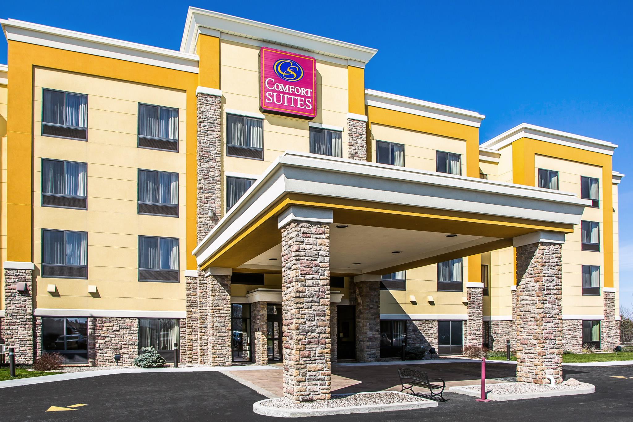 Hotels Near Oshkosh Wi