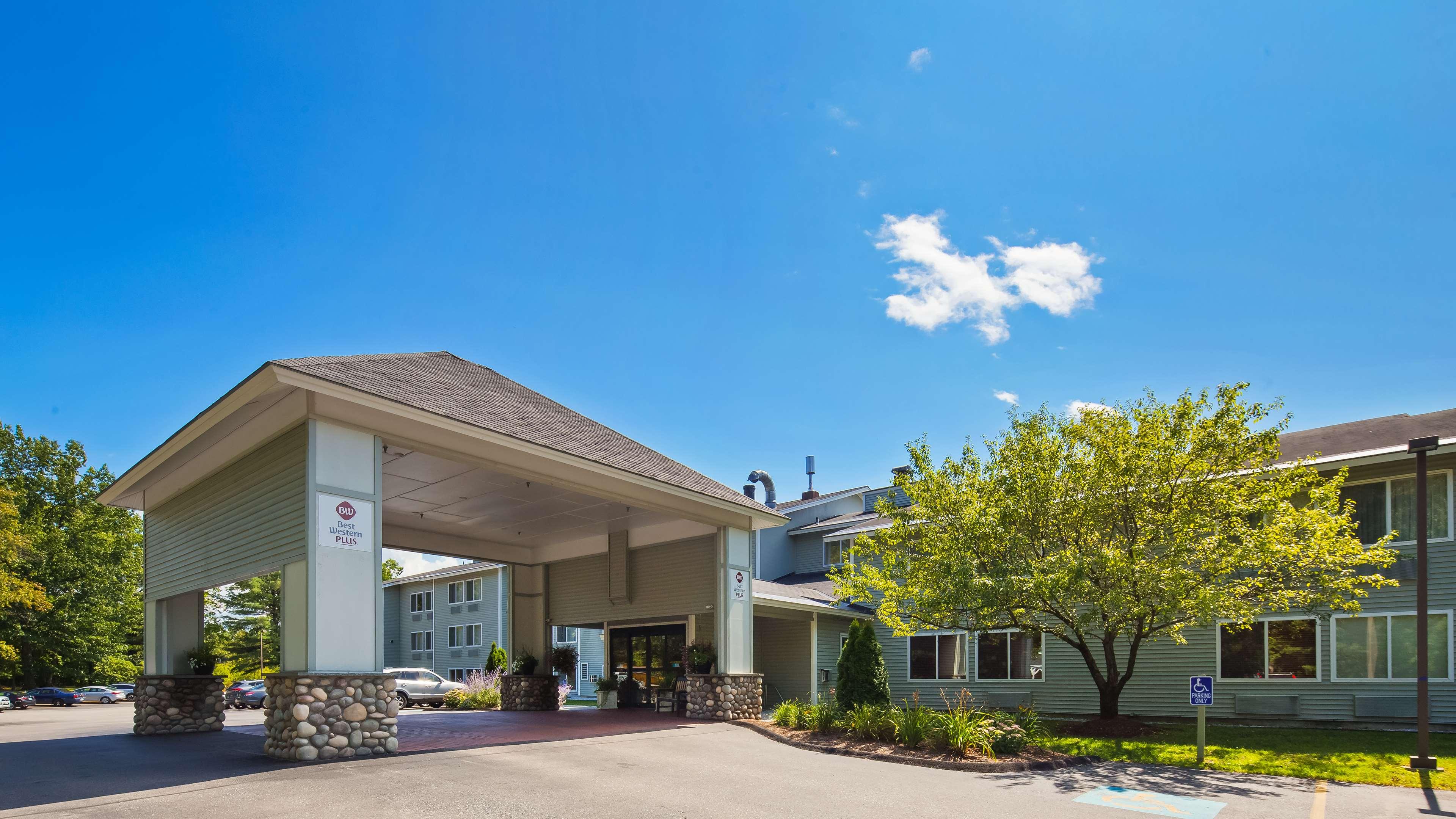 Best Western Plus Windjammer Inn & Conference Center image 0