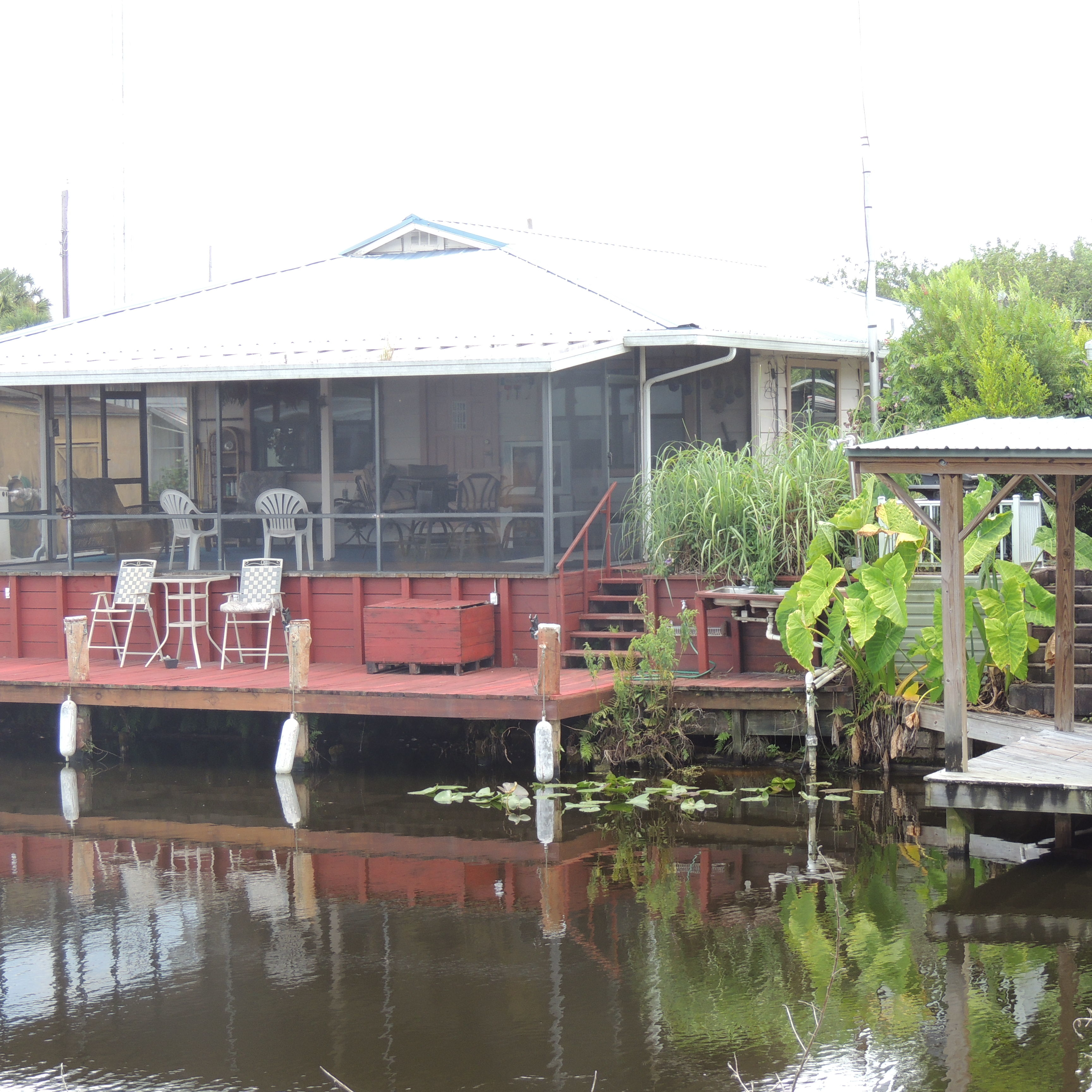 River Bluff Fishing Resort