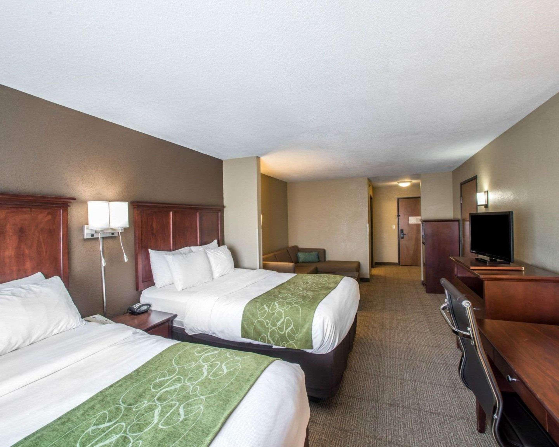 Comfort Suites Columbia - University Area in Columbia, MO, photo #10
