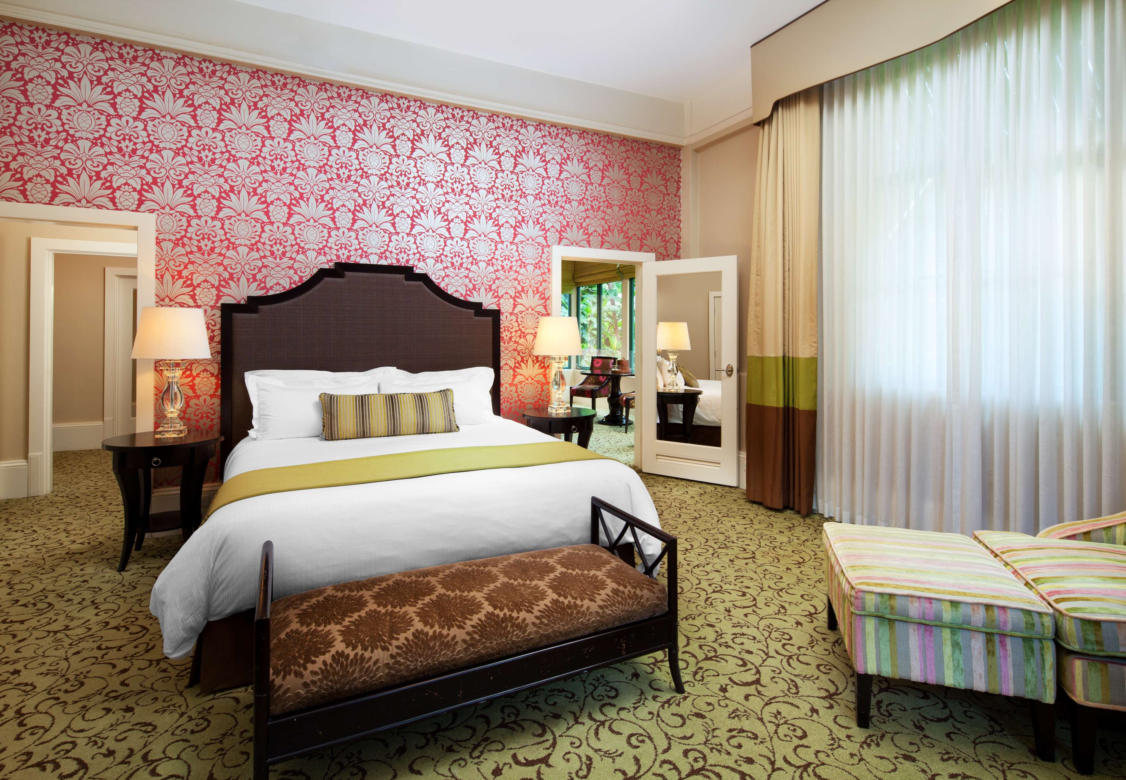 The Royal Hawaiian, a Luxury Collection Resort, Waikiki image 9