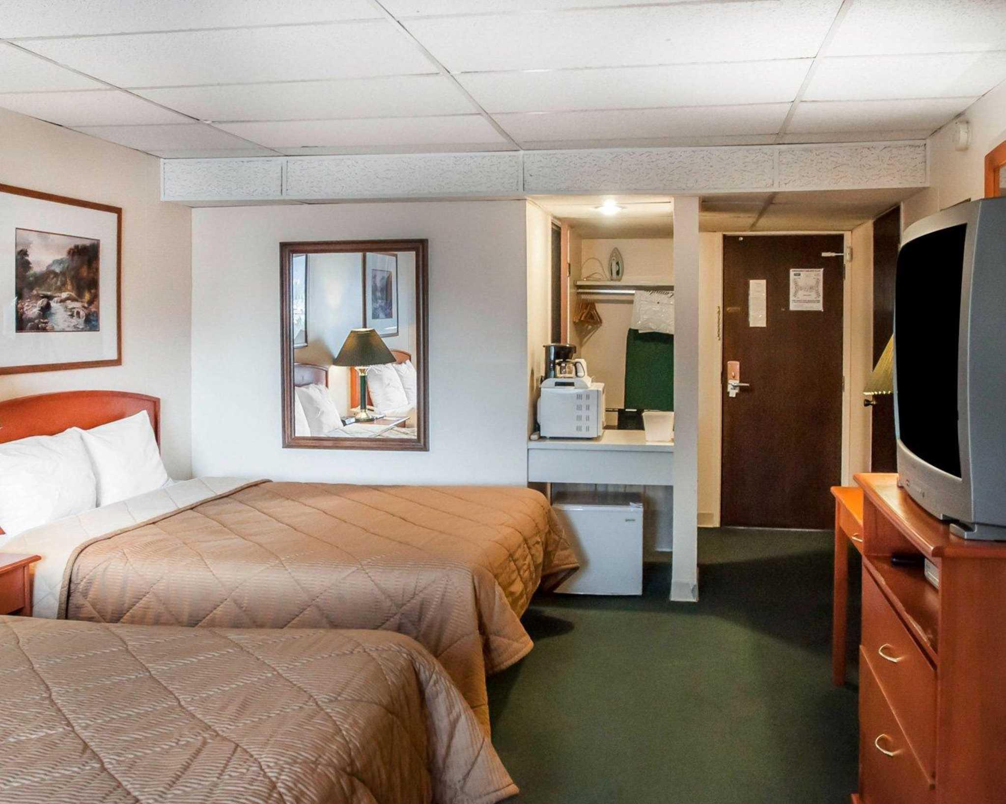 Rodeway Inn in Estes Park, CO, photo #10