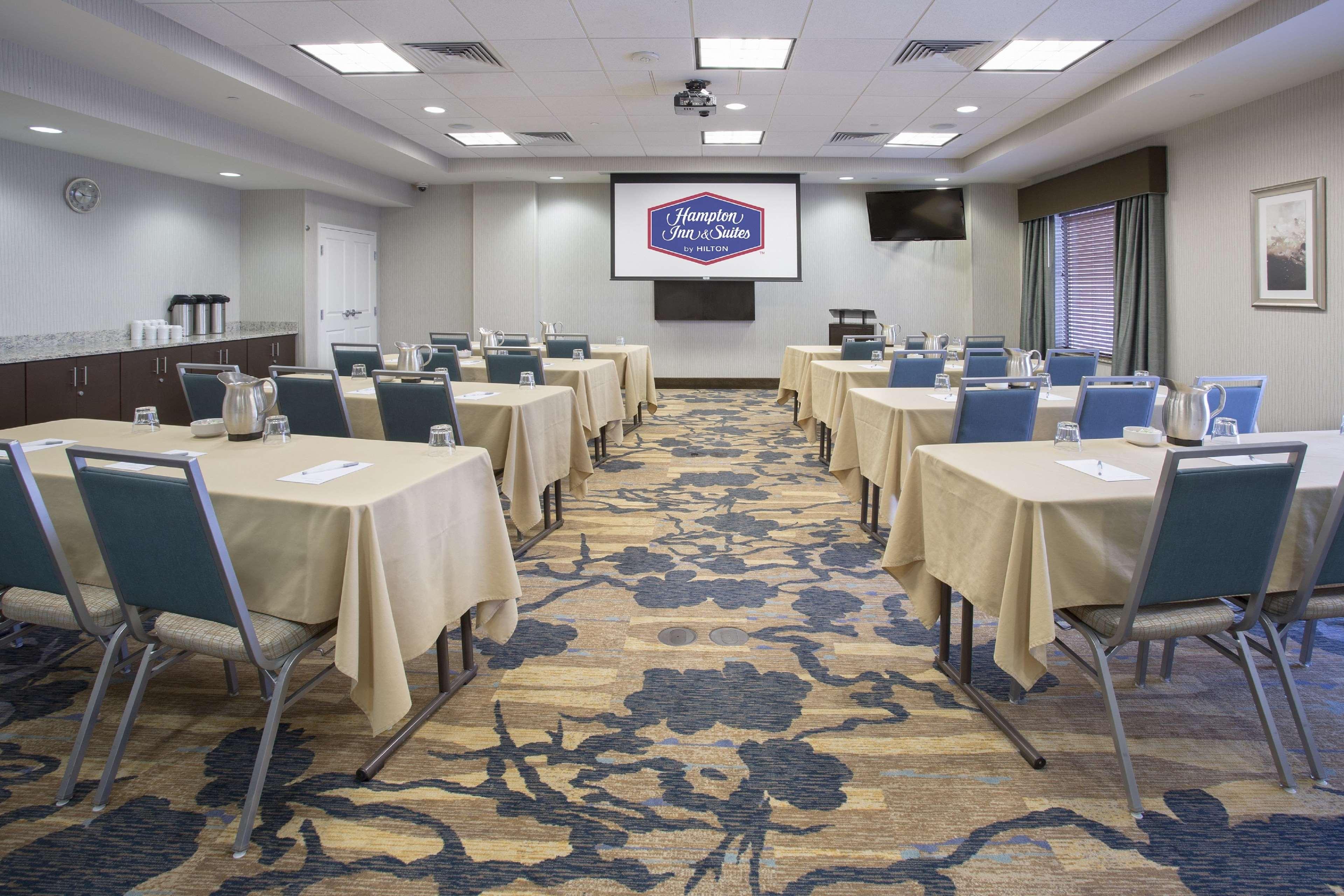 Hampton Inn & Suites Denver/Airport-Gateway Park