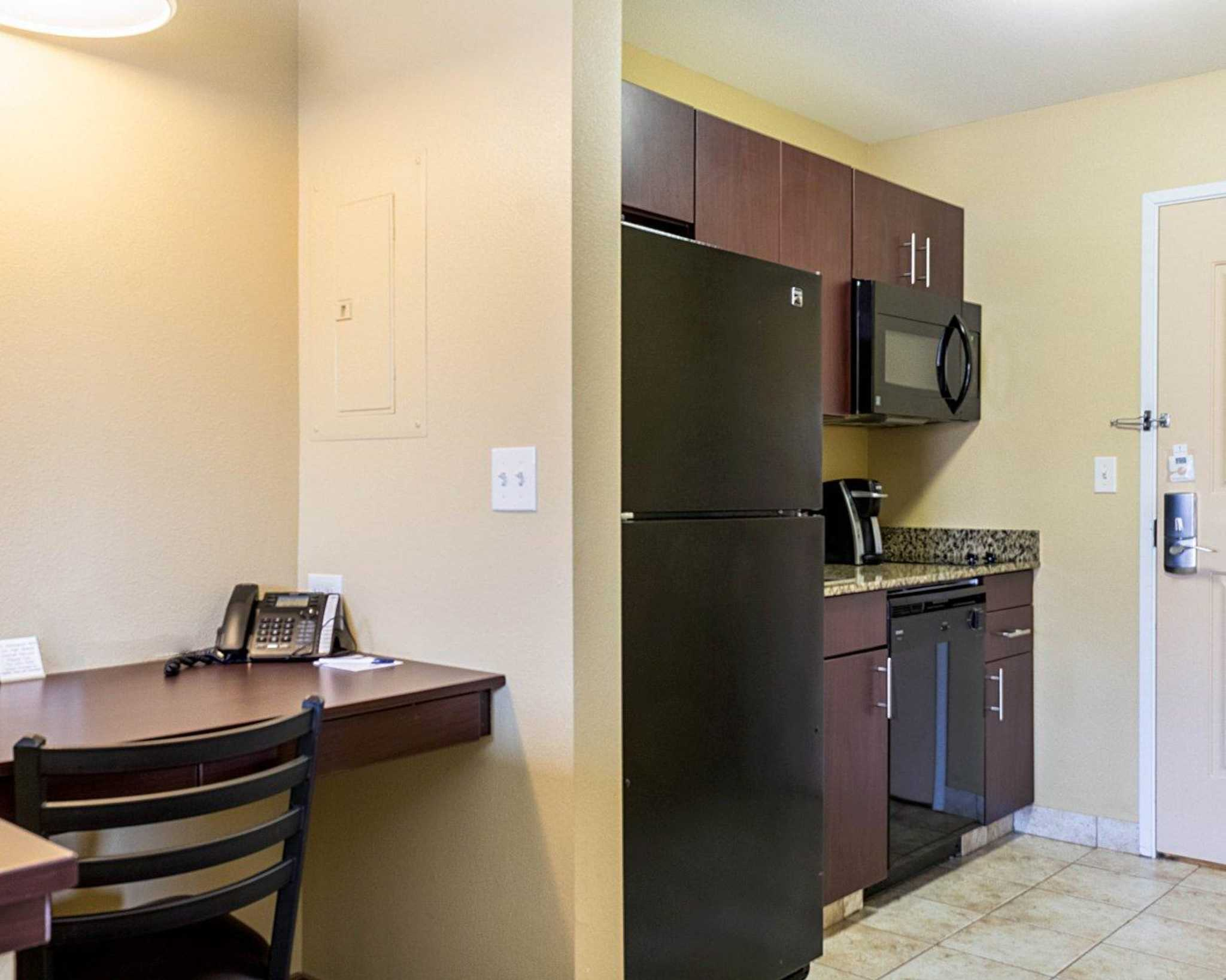 MainStay Suites image 28