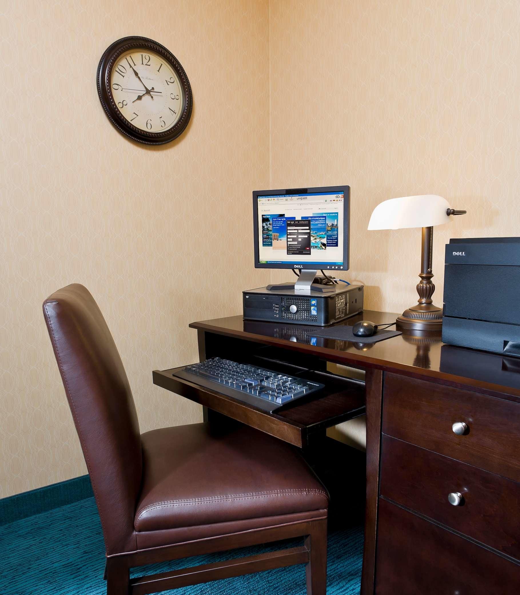 Residence Inn by Marriott Cedar Rapids image 10