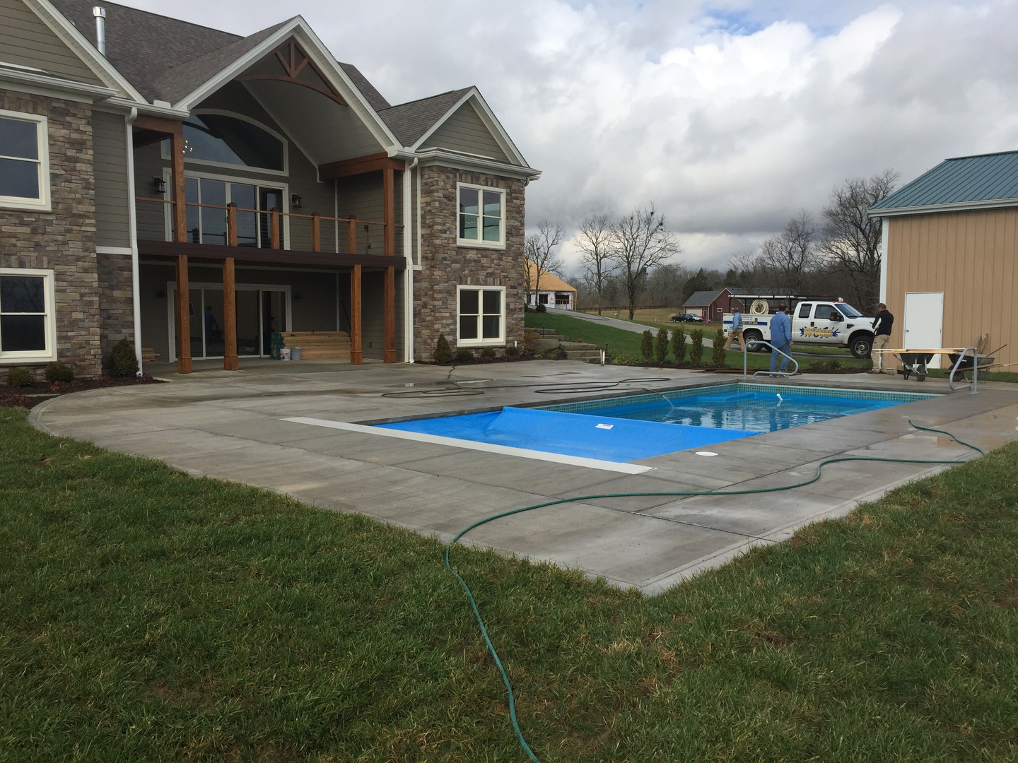Backyard fun pools inc coupons near me in nicholasville for Pool showrooms near me