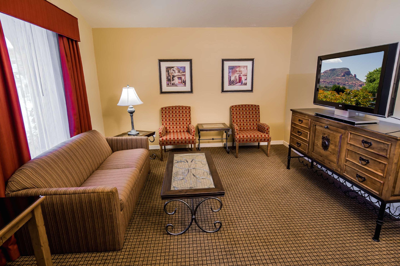 Best Western Plus Arroyo Roble Hotel & Creekside Villas image 39