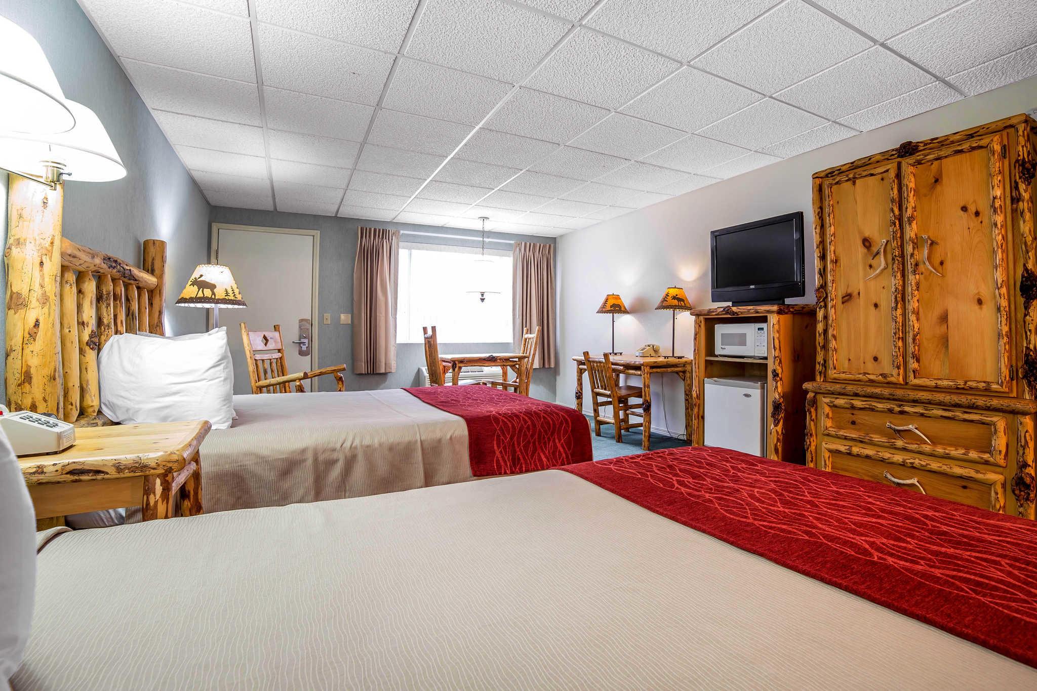 Rodeway Inn Pronghorn Lodge image 23