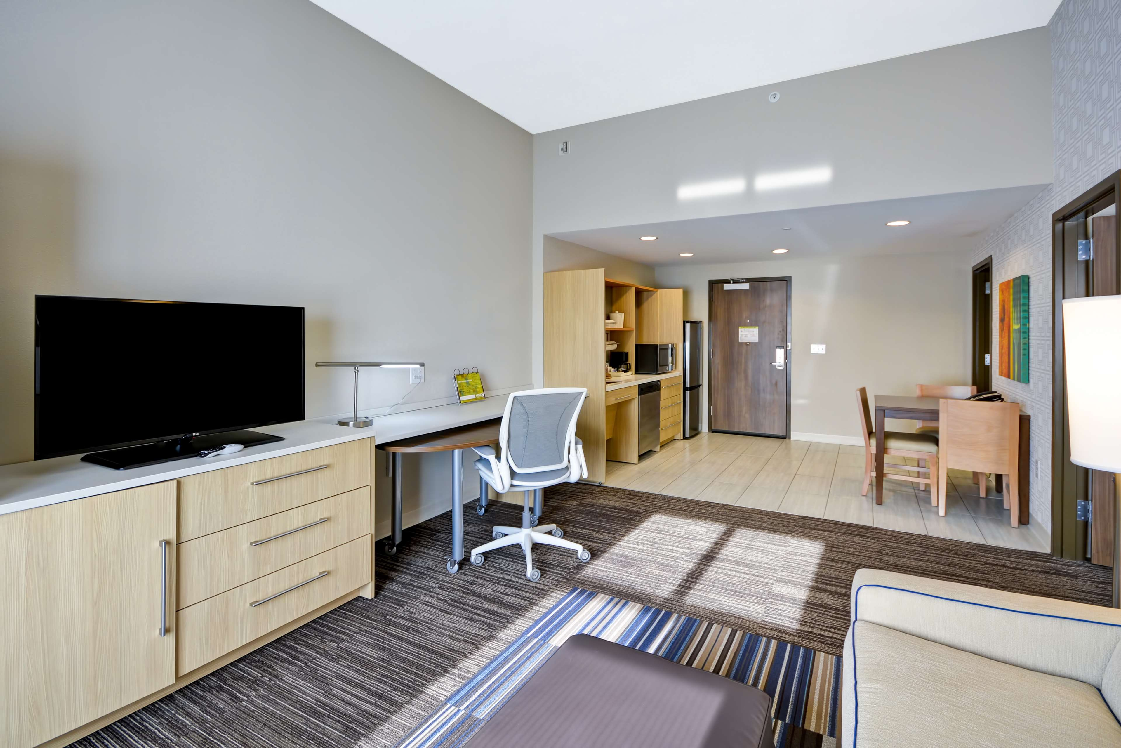 Home2 Suites by Hilton  St. Simons Island image 41
