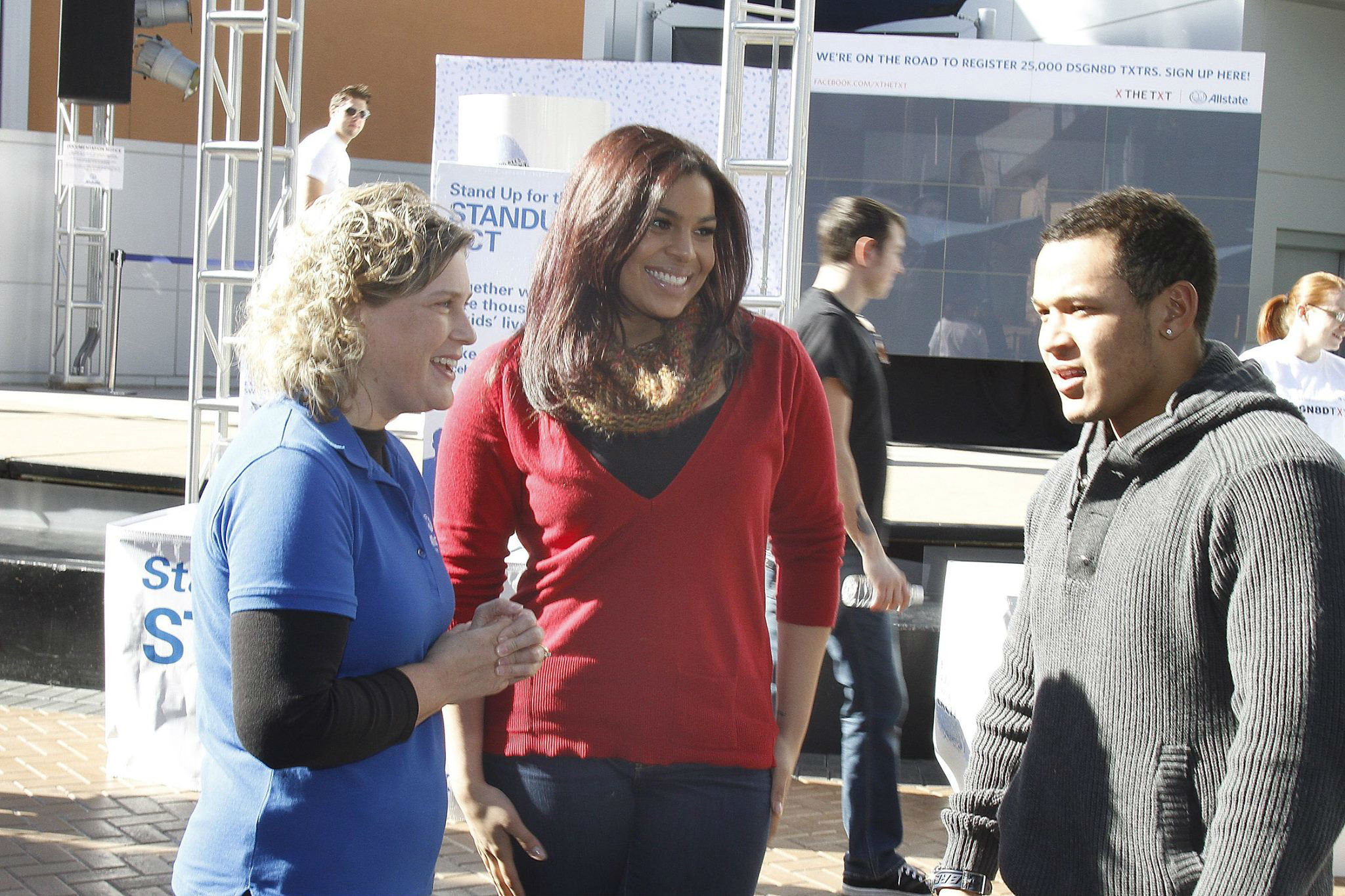 Jordin Sparks helping to  promote Text No More, a campaign against texting and driving