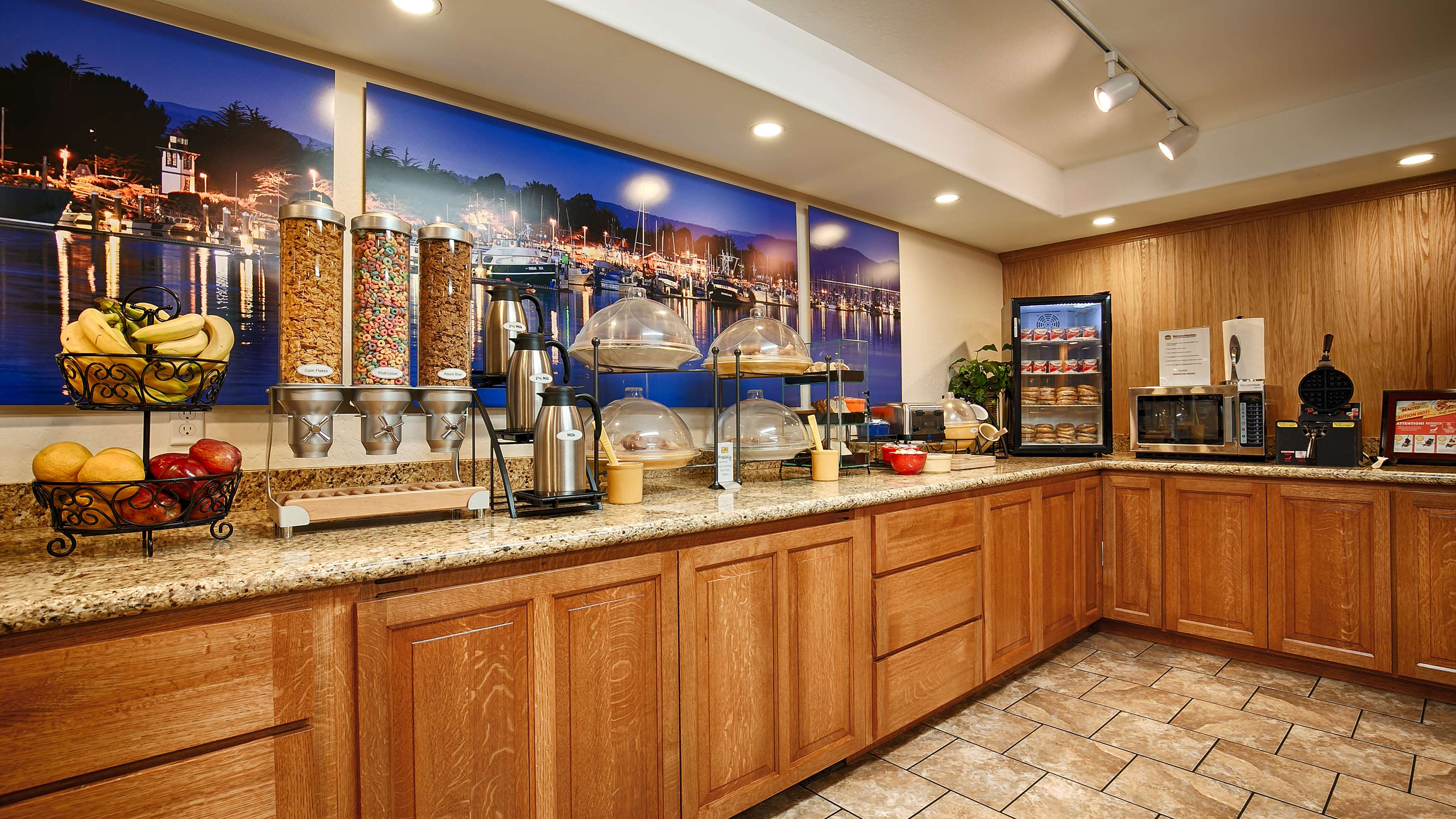 Best Western Plus Humboldt Bay Inn image 18