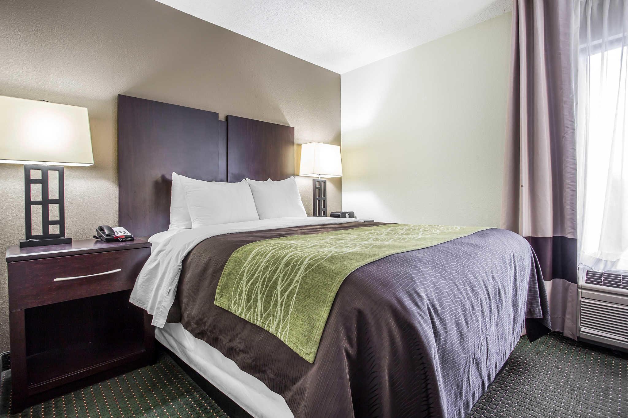 Comfort Inn & Suites Lake Norman image 10