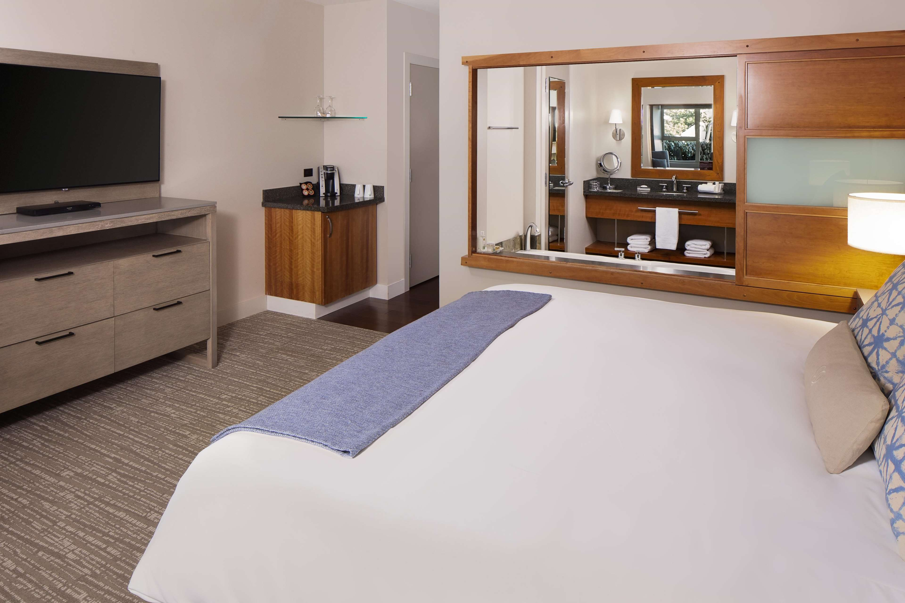 The Chrysalis Inn & Spa Bellingham, Curio Collection by Hilton image 22